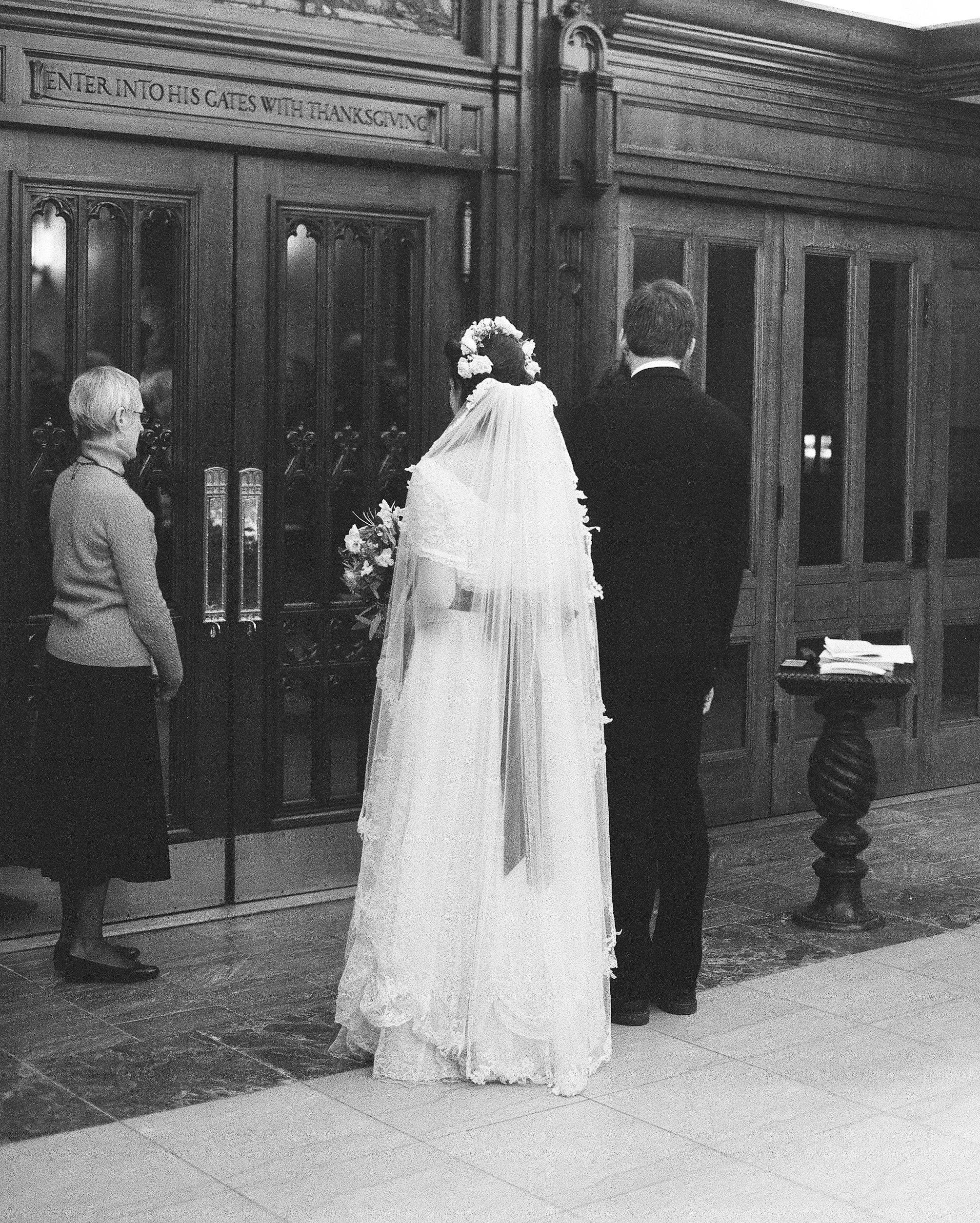 sidney-dane-wedding-church-248-s112109-0815.jpg