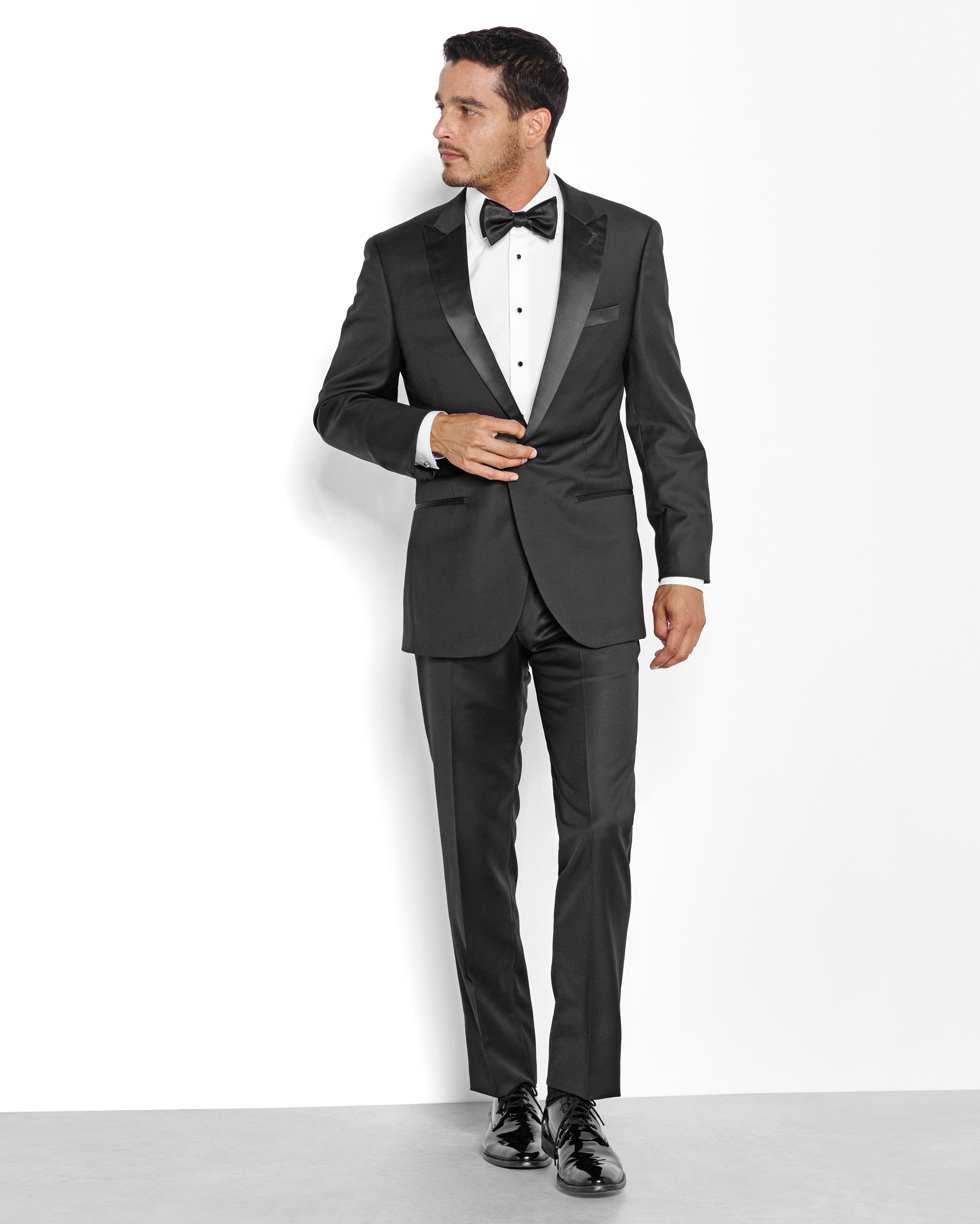 Suit Up! 8 Style Tips for the Groom
