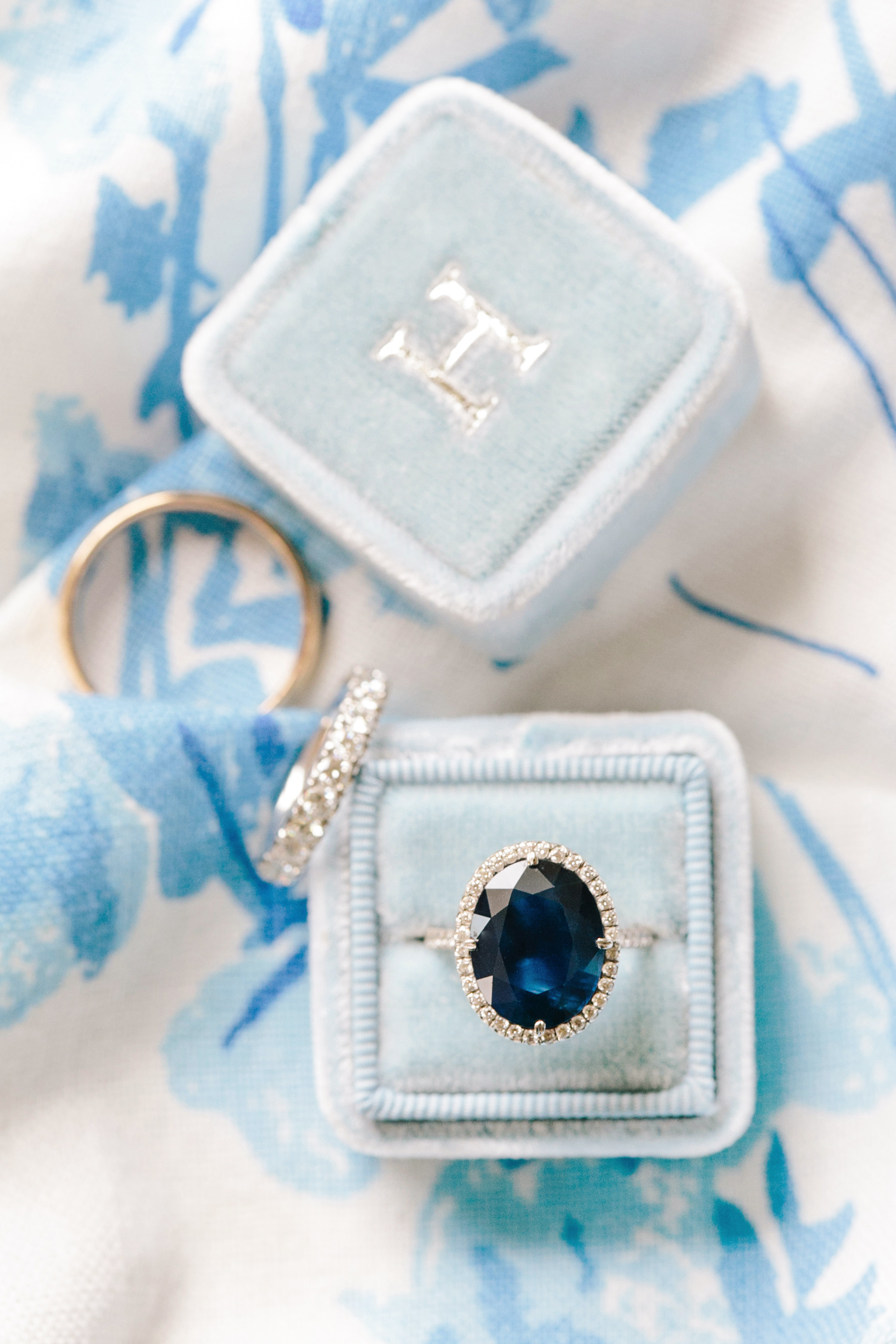 something blue  sapphire engagement ring blue ring box