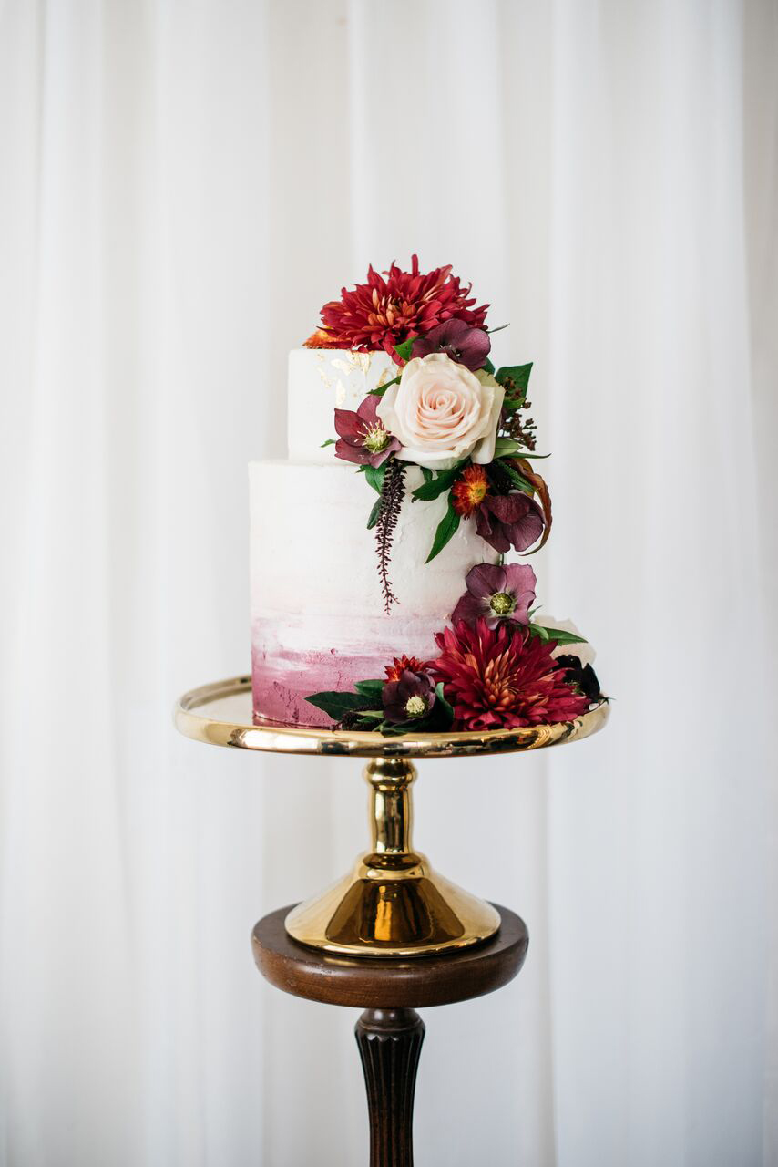 fall wedding cakes meredith lord photography