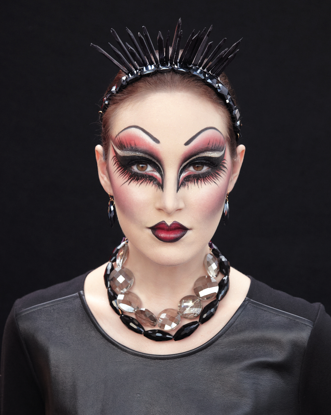 beauty-evil-1346-md109123.jpg