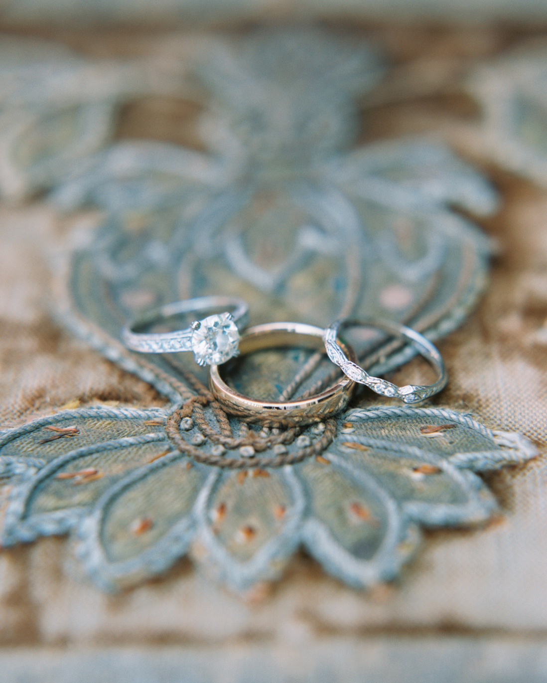 jessica-graham-wedding-rings-0039-s112171-0915.jpg