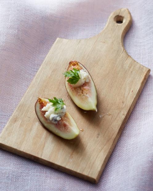 gluten-free-appetizers-lavender-honey-stuffed-figs-082-d112317-fallsip15-1115.jpg
