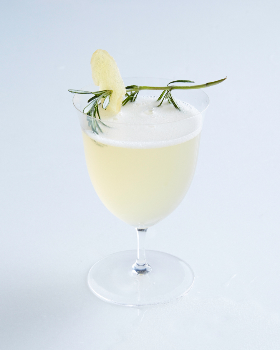 cocktail-pear-bellini-140-d111274-0814.jpg