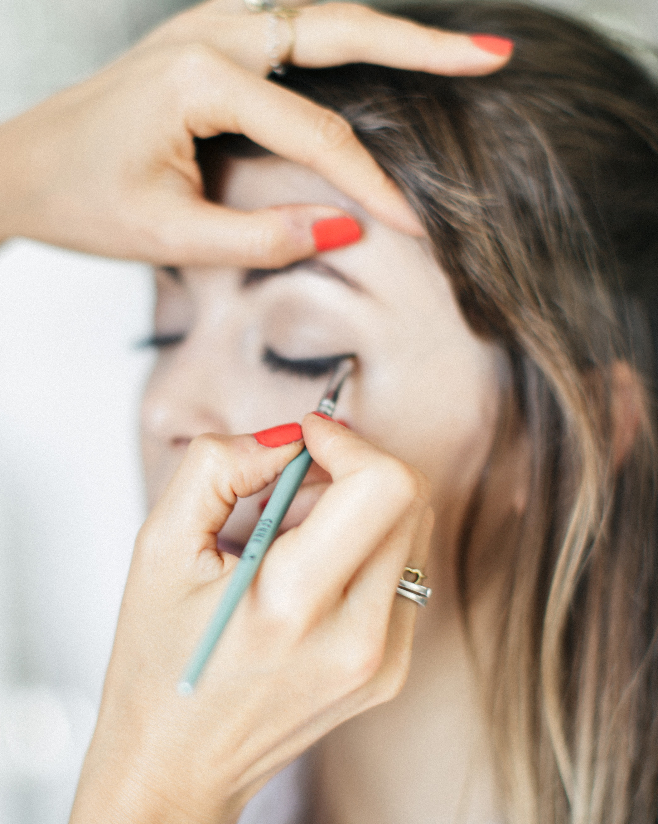jenny-bernheim-beauty-makeup-72-s112662-1015.jpg