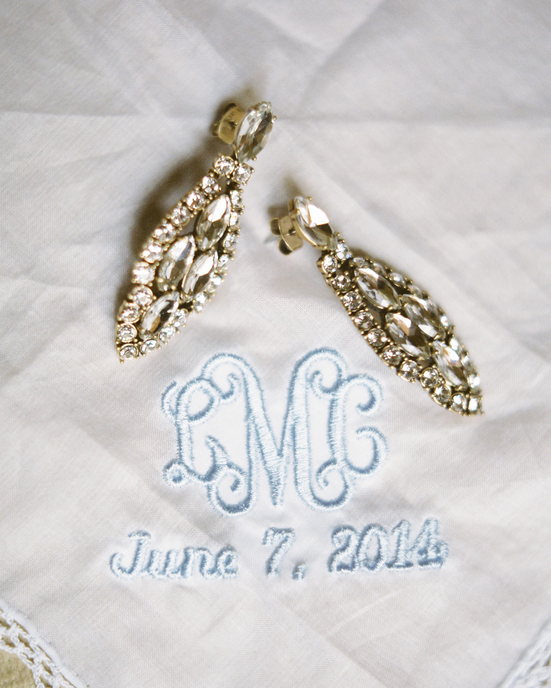 lauren-ollie-wedding-accessories-008-s111895-0515.jpg