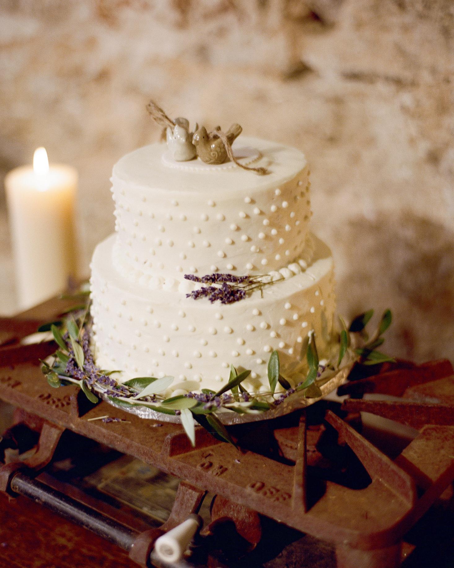 30 Rustic Wedding Cakes We're Loving
