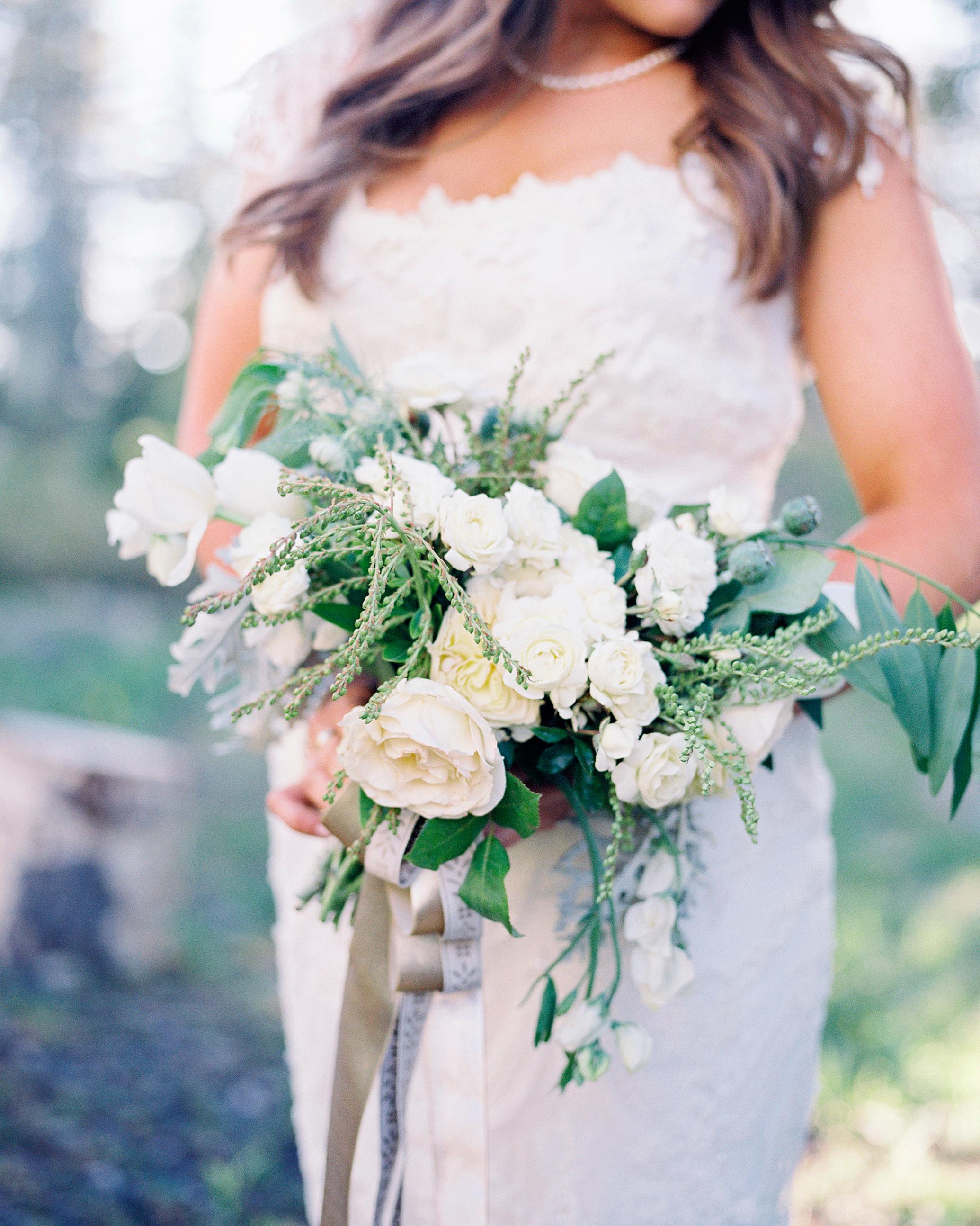mckenzie-brandon-wedding-bouquet-62-s112364-1115.jpg