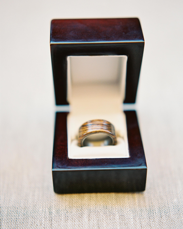 mckenzie-brandon-wedding-ring-45-s112364-1115.jpg