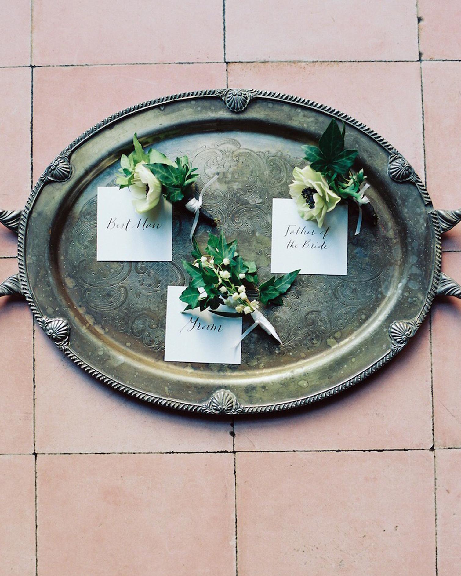 winter-wedding-boutonnieres-1-1115