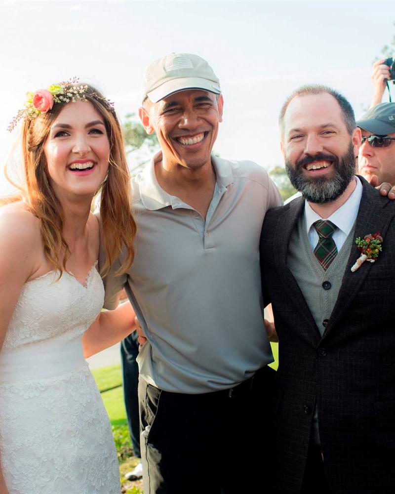 celebrity-wedding-crashers-barack-obama-1215.jpg