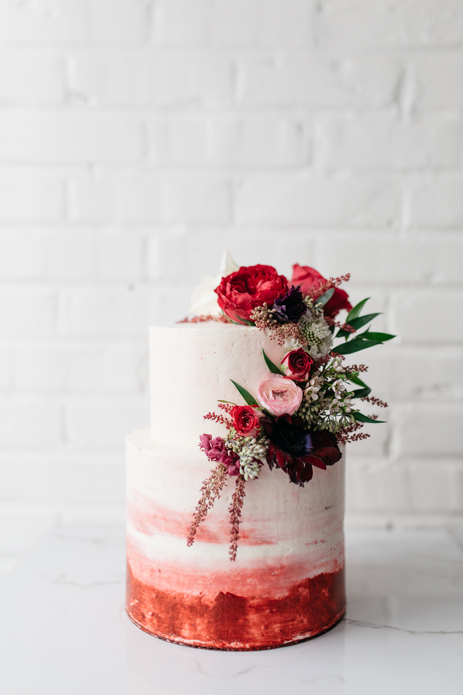 winter wedding cakes casie marie photography