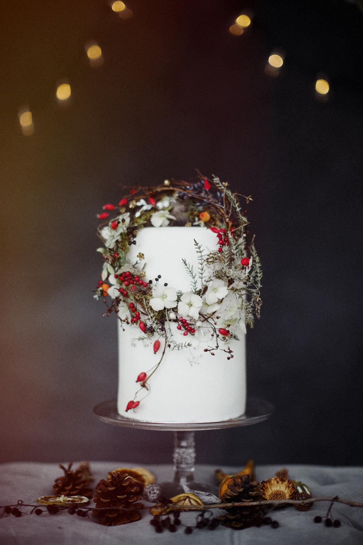 winter wedding cakes jess petrie