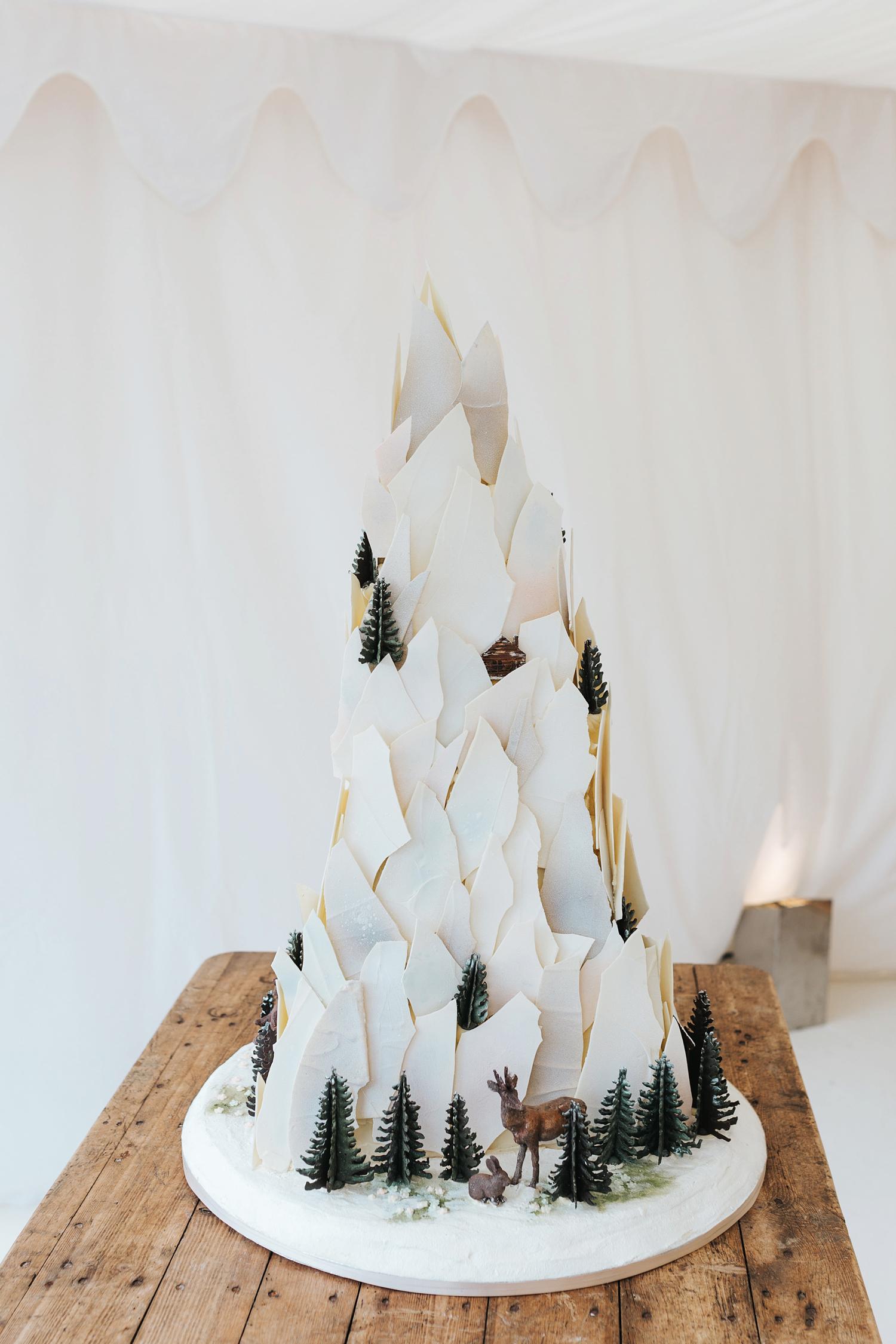 winter wedding cakes miss gen