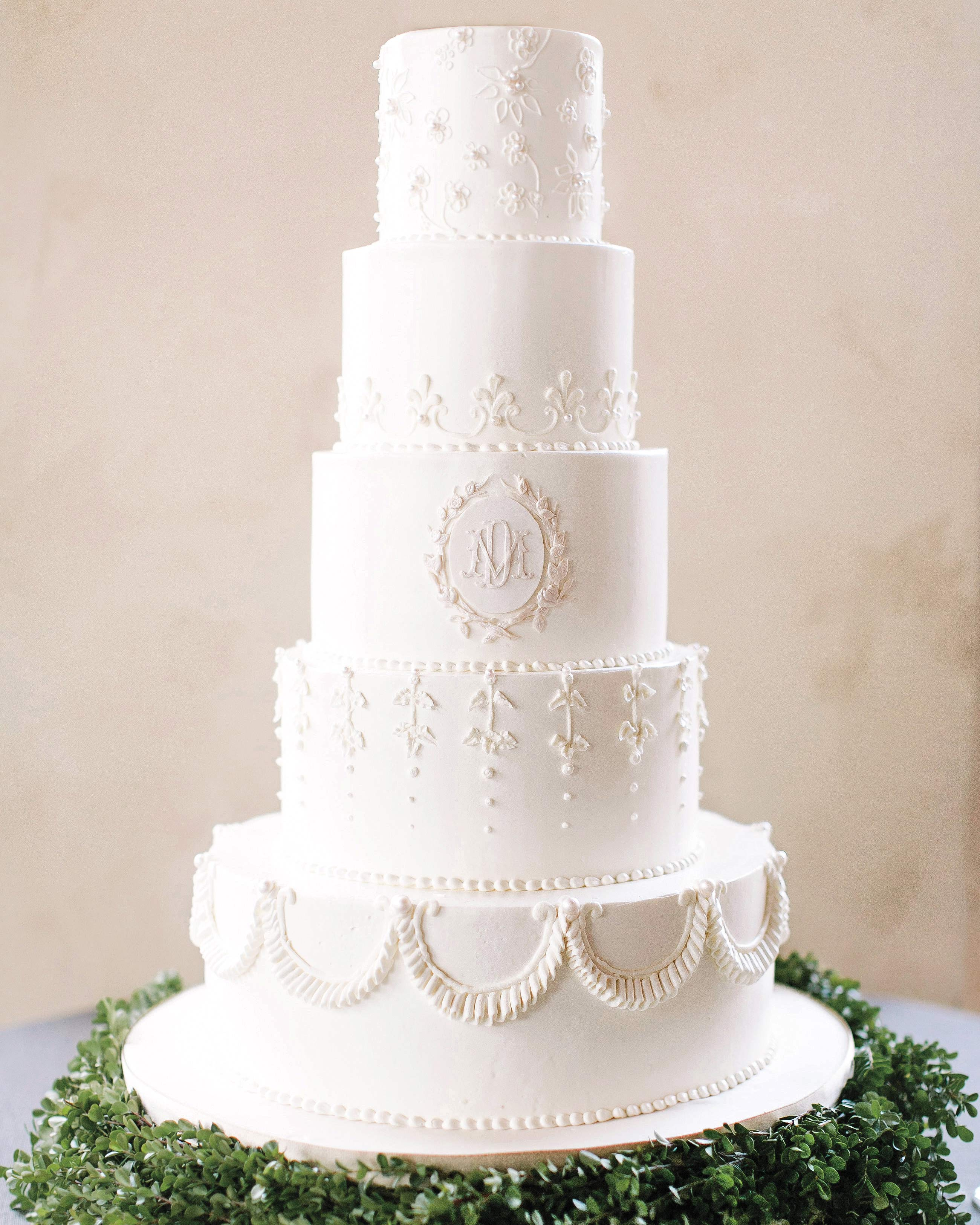 mmallory-diego-wedding-texas-white-cake-087-s112628.jpg