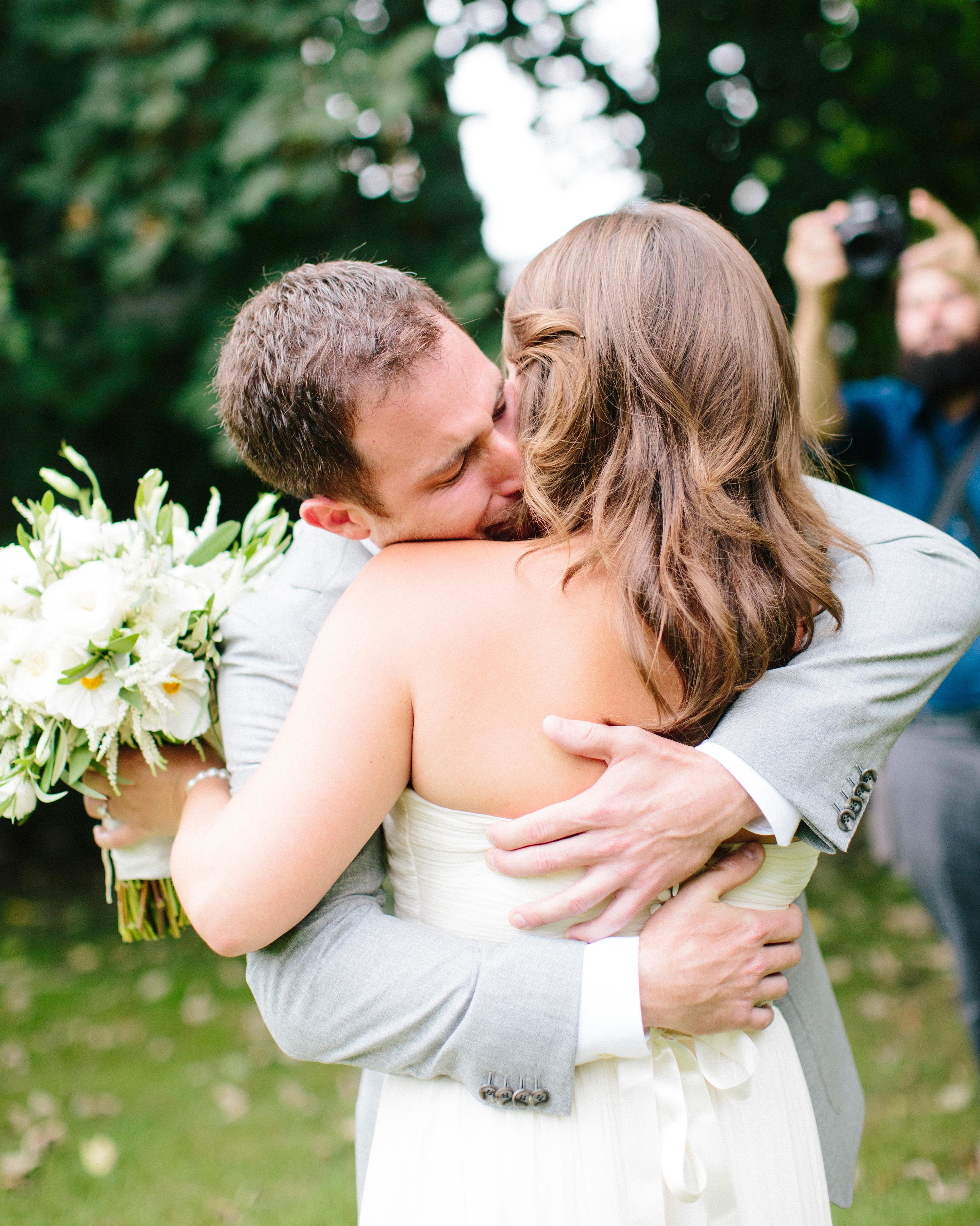 kristen-jonathan-wedding-firstlook-0507-s112193-1015.jpg