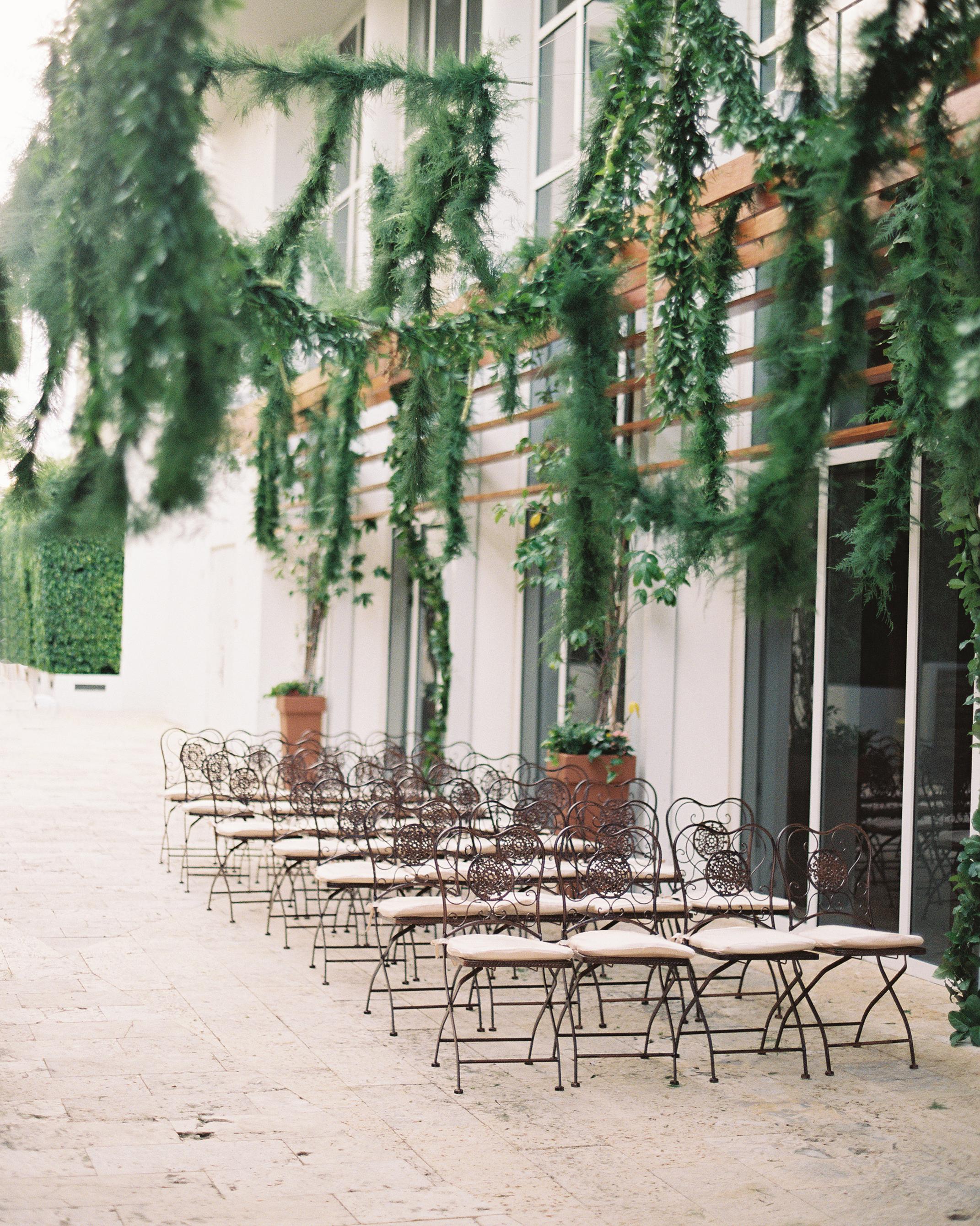 wedding-trends-2015-aisle-decor-1215.jpg