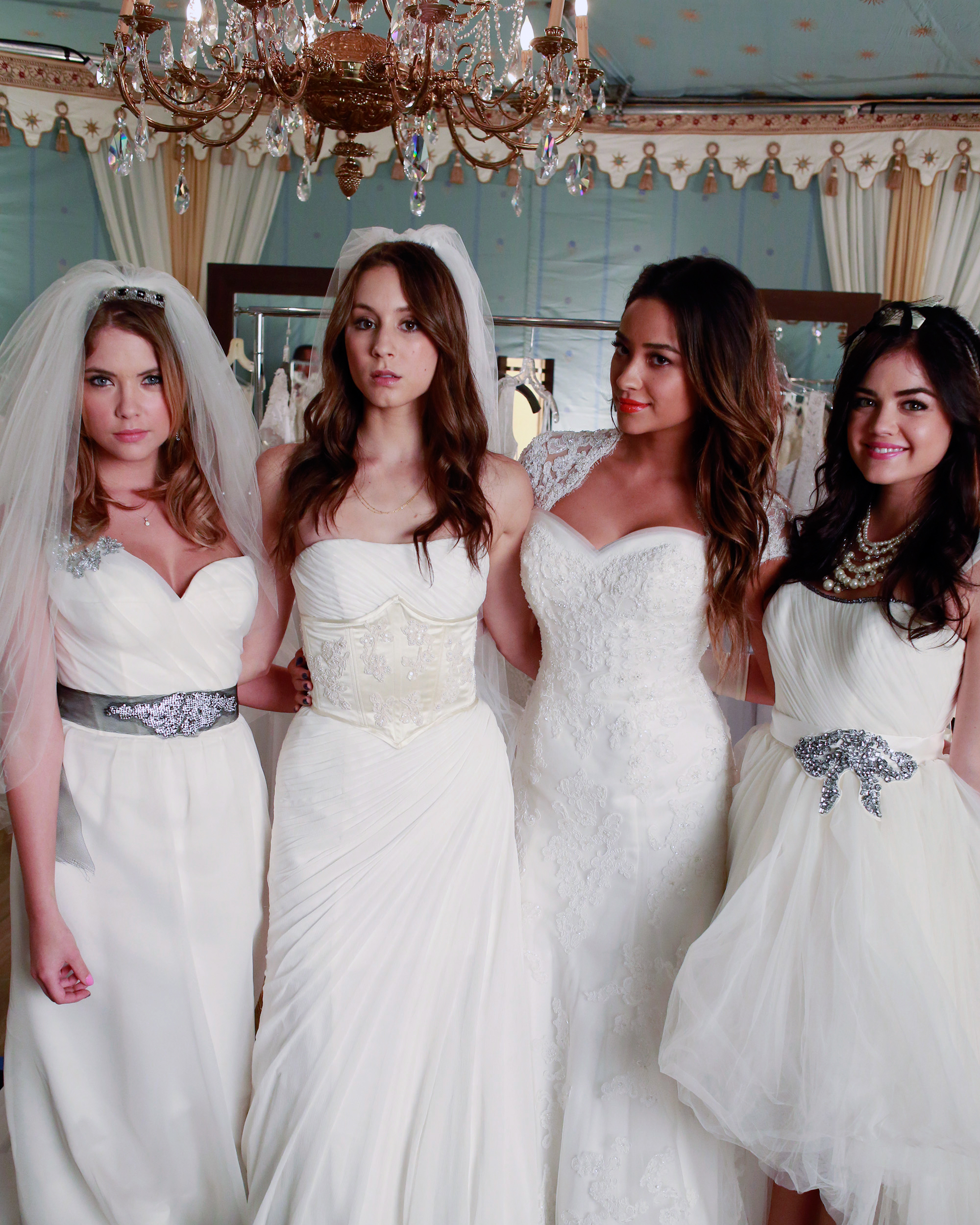 tv-wedding-dresses-pretty-little-liars-1115.jpg