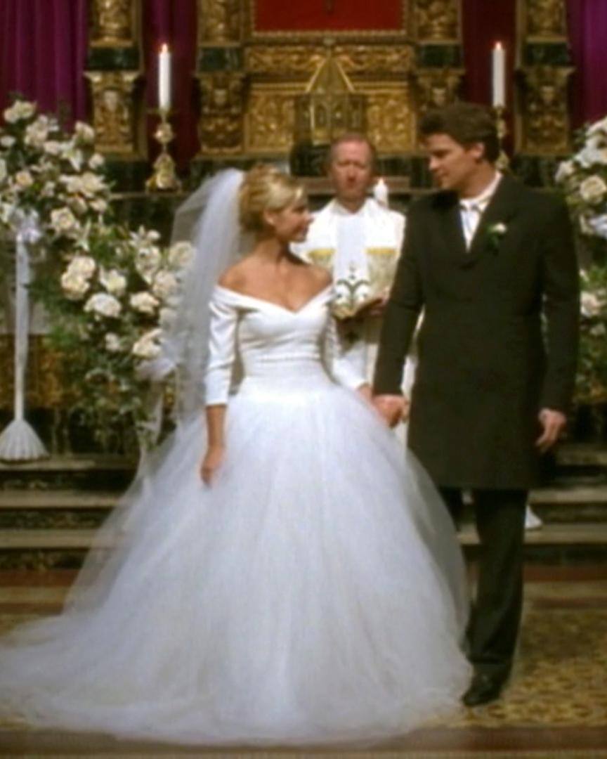 tv-wedding-dresses-buffy-1115.jpg