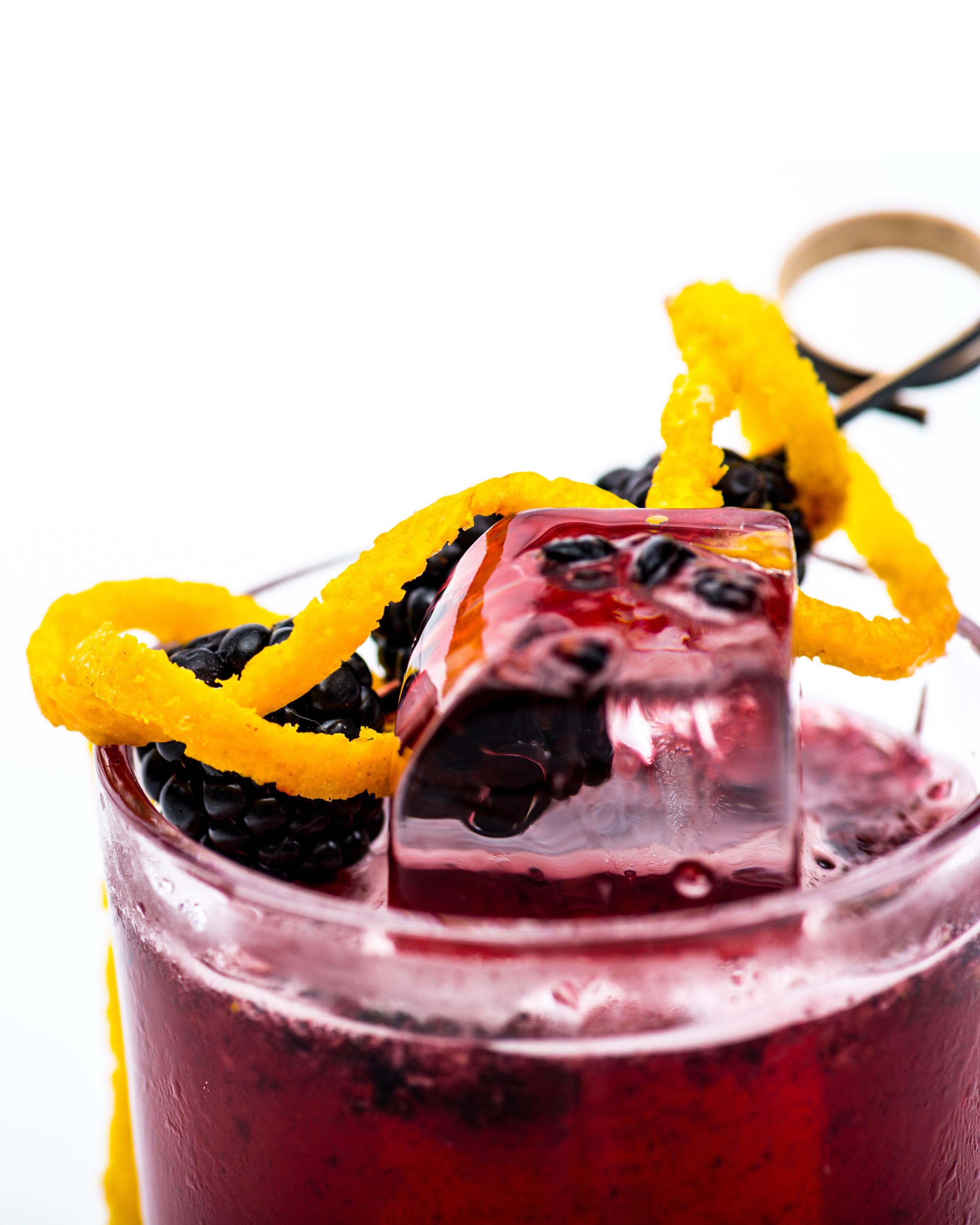 2-winter-wedding-cocktails-0116.jpg