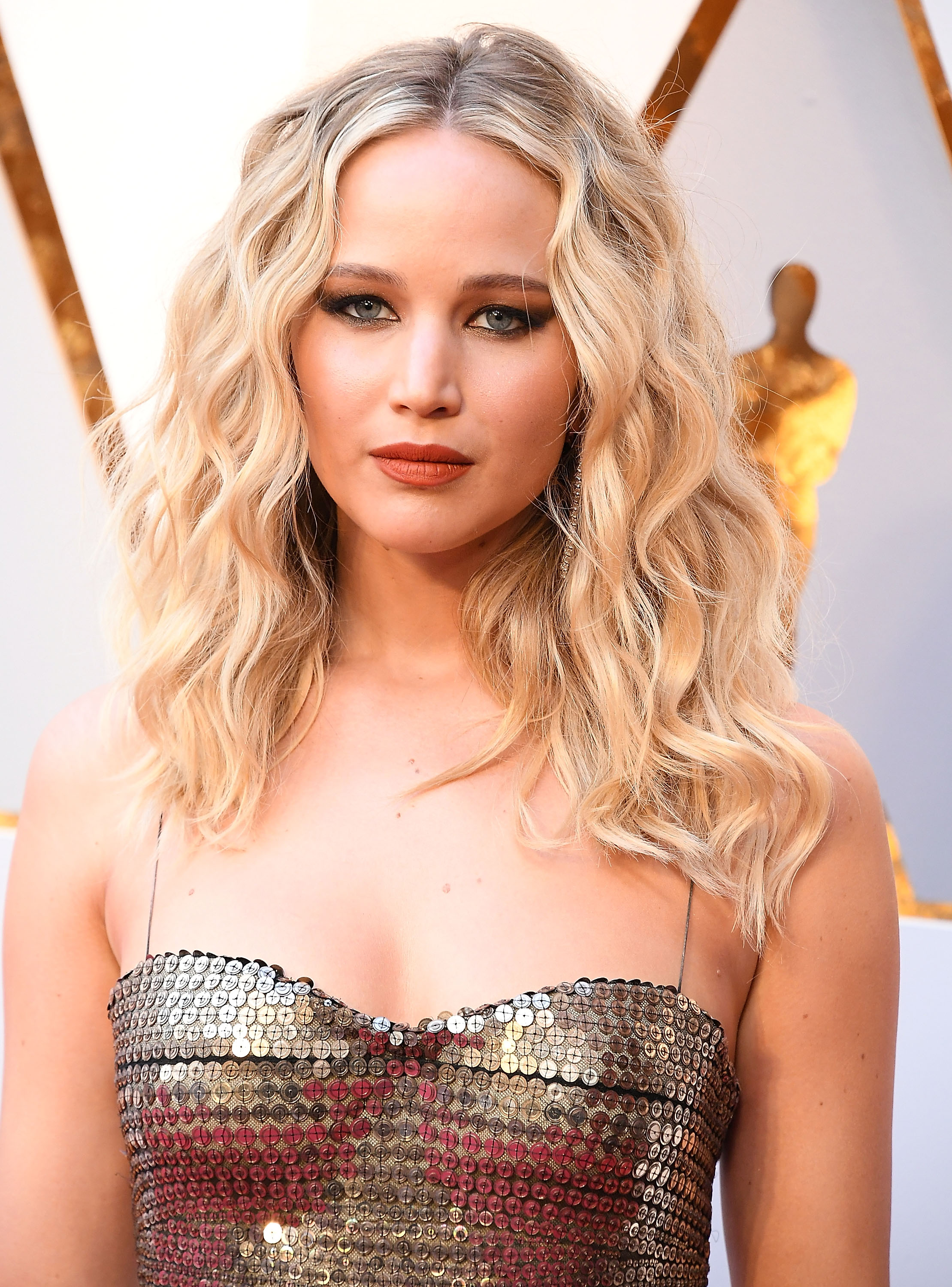 Red-Carpet Hairstyles to Steal for Your Wedding Day | Martha ...