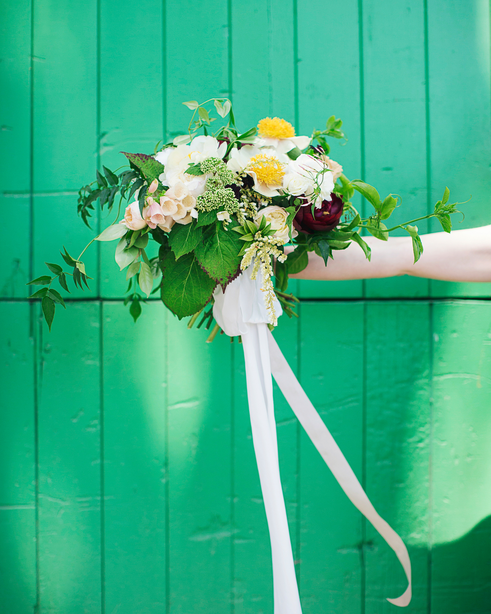 rosie-ambi-wedding-bouquet-3310-s112501-0116.jpg