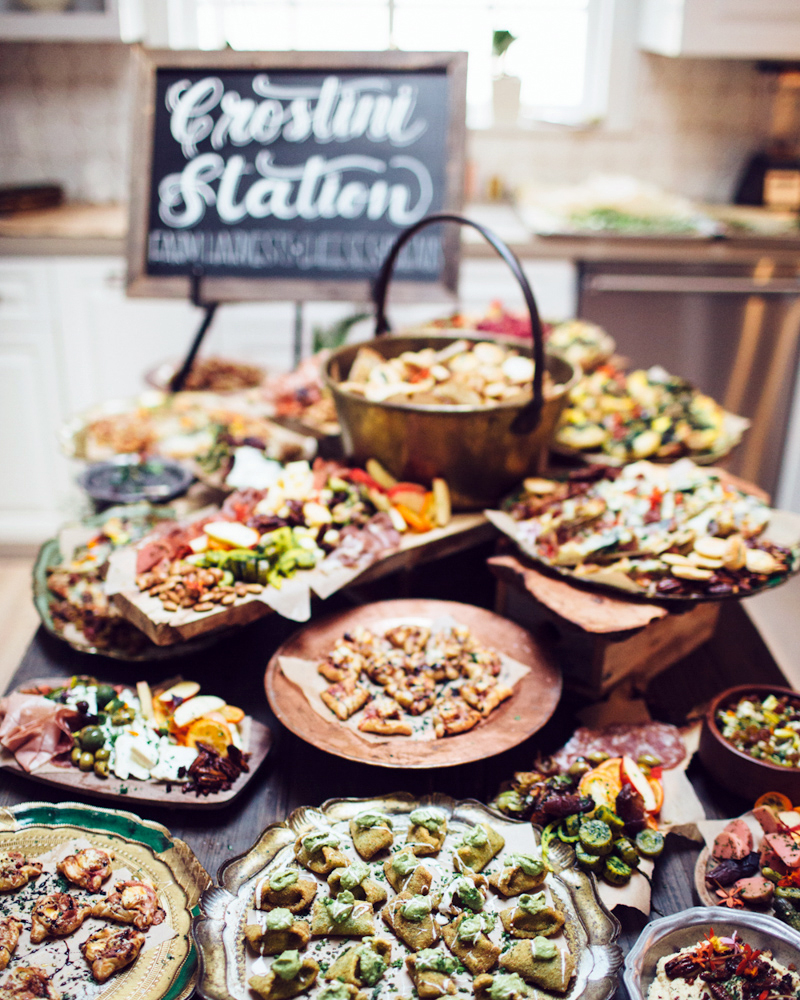Wedding Food Buffet Menus: 25 Unexpected Wedding Food Ideas Your Guests Will Love