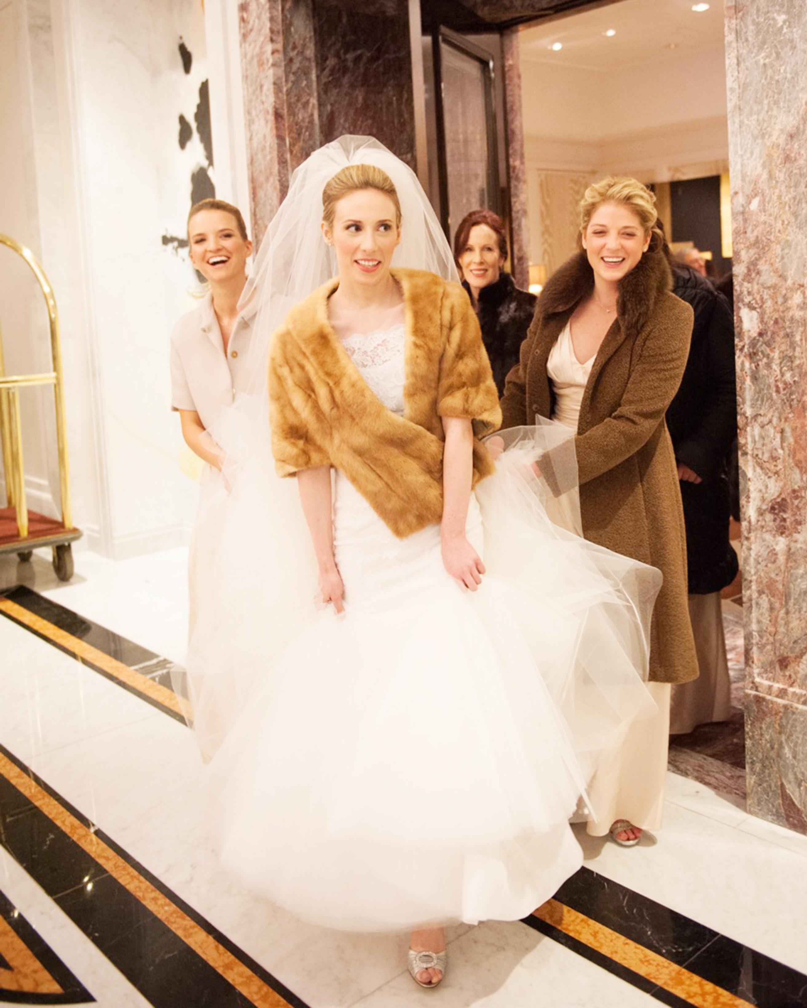 8-winter-bride-shawl-0116.jpg