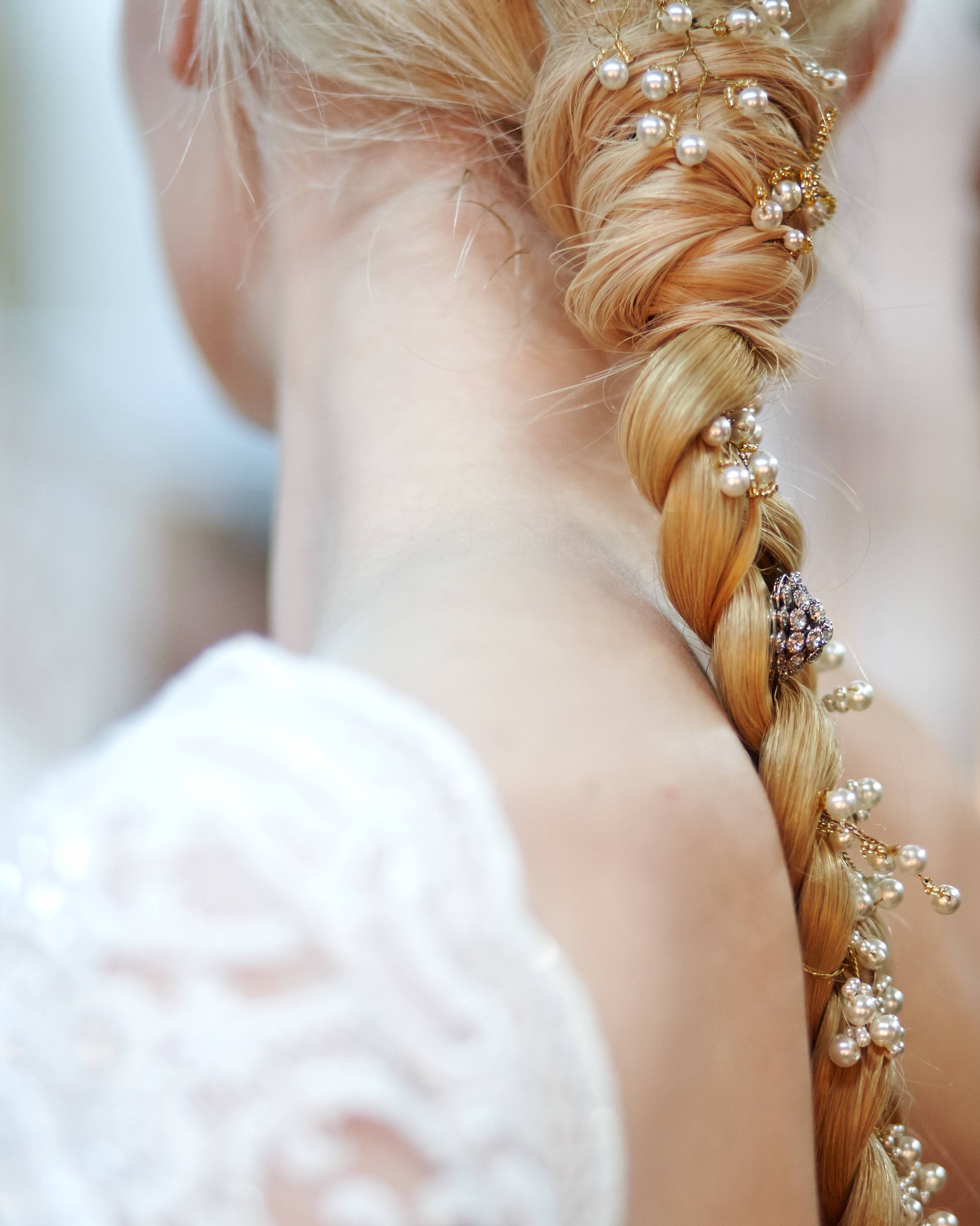 3 Wedding Hairstyle Tips for the Bride Who Doesn't Want to Wear a Chignon