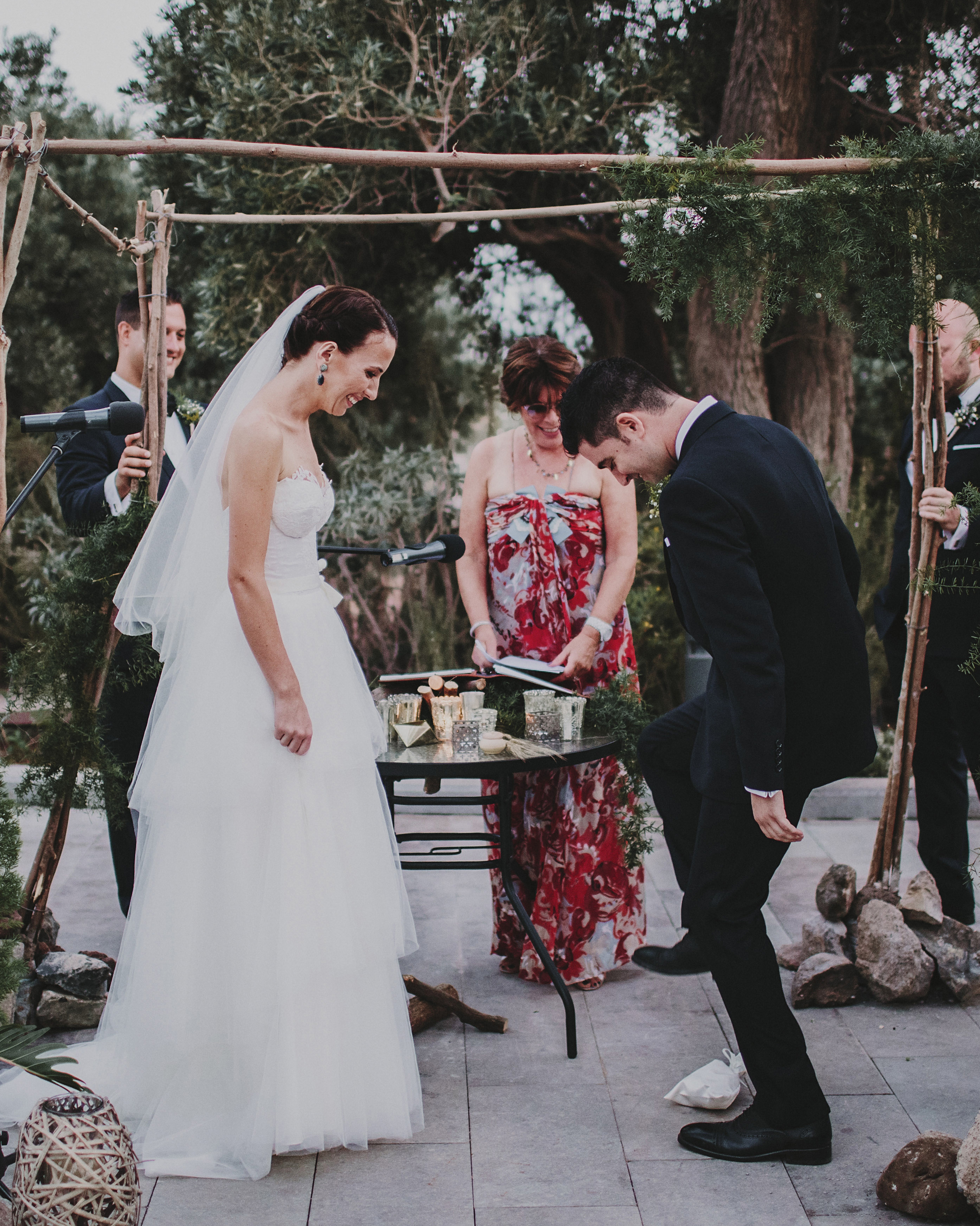 12 Unique Wedding Traditions from Around the World