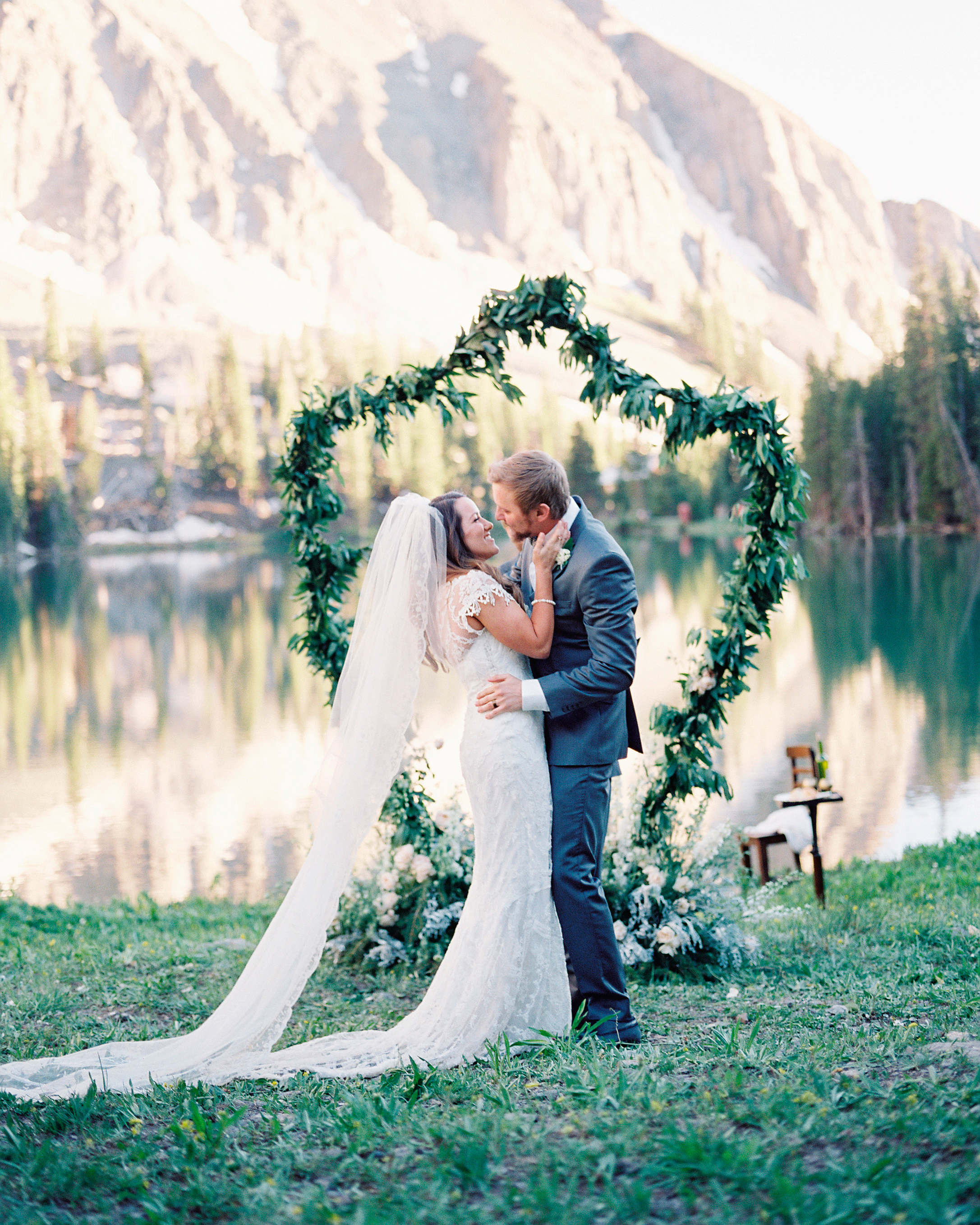 mckenzie-brandon-wedding-kiss-26-s112364-1115.jpg