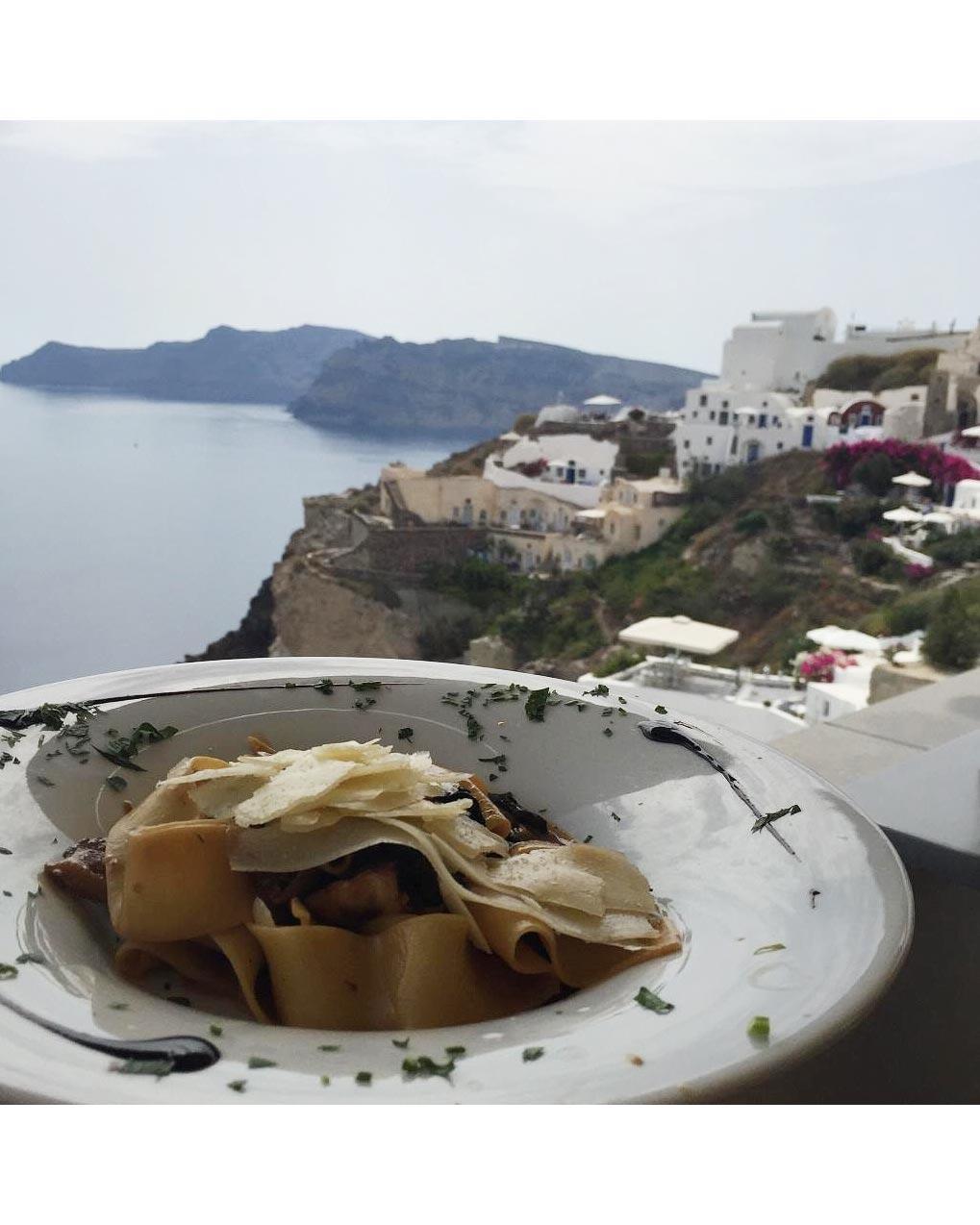mediterranean-adventure-unforgettable-meal-0216.jpg