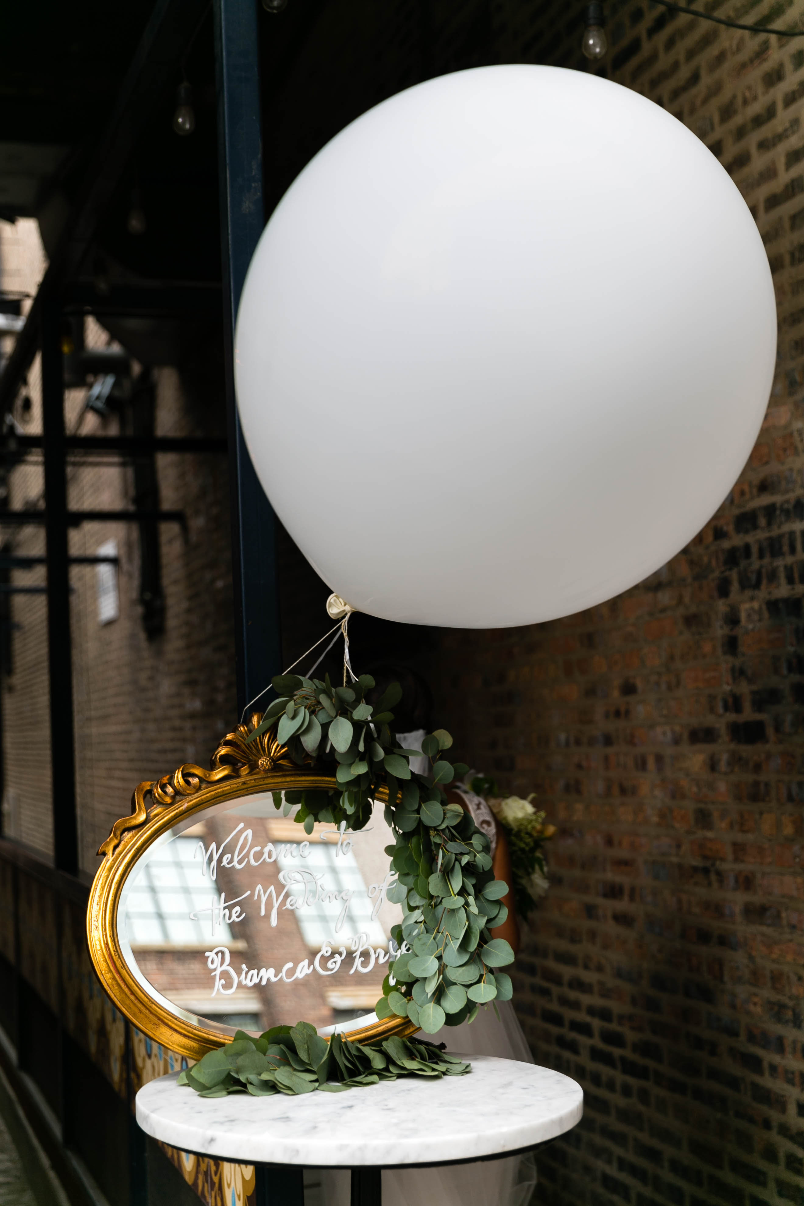 bianca-bryen-wedding-balloon-175-s112509-0216.jpg