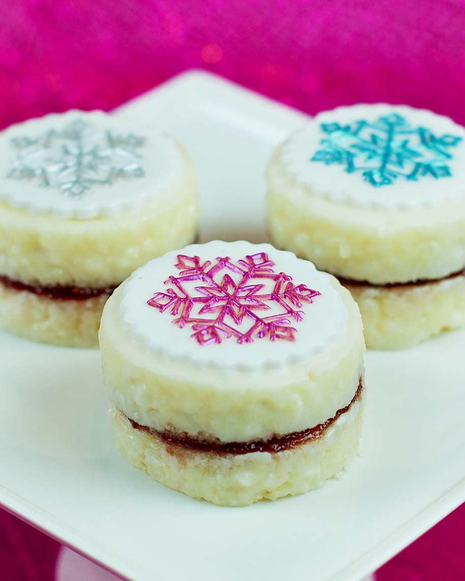 springerle-joy-petit-fours-marshmallow-fondant-0116.jpg