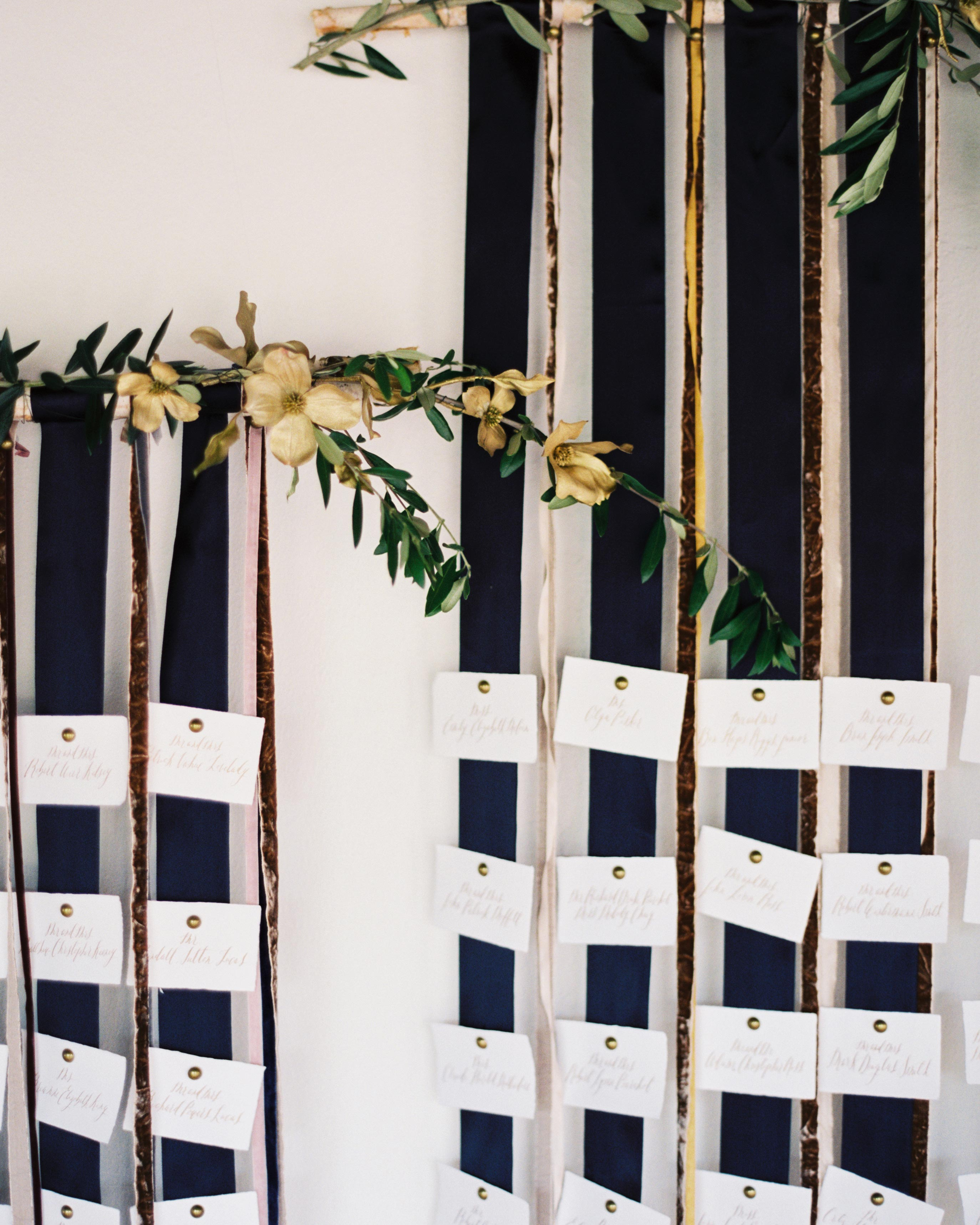 ginny-andrew-wedding-escortcards-0228-s112676-0216.jpg
