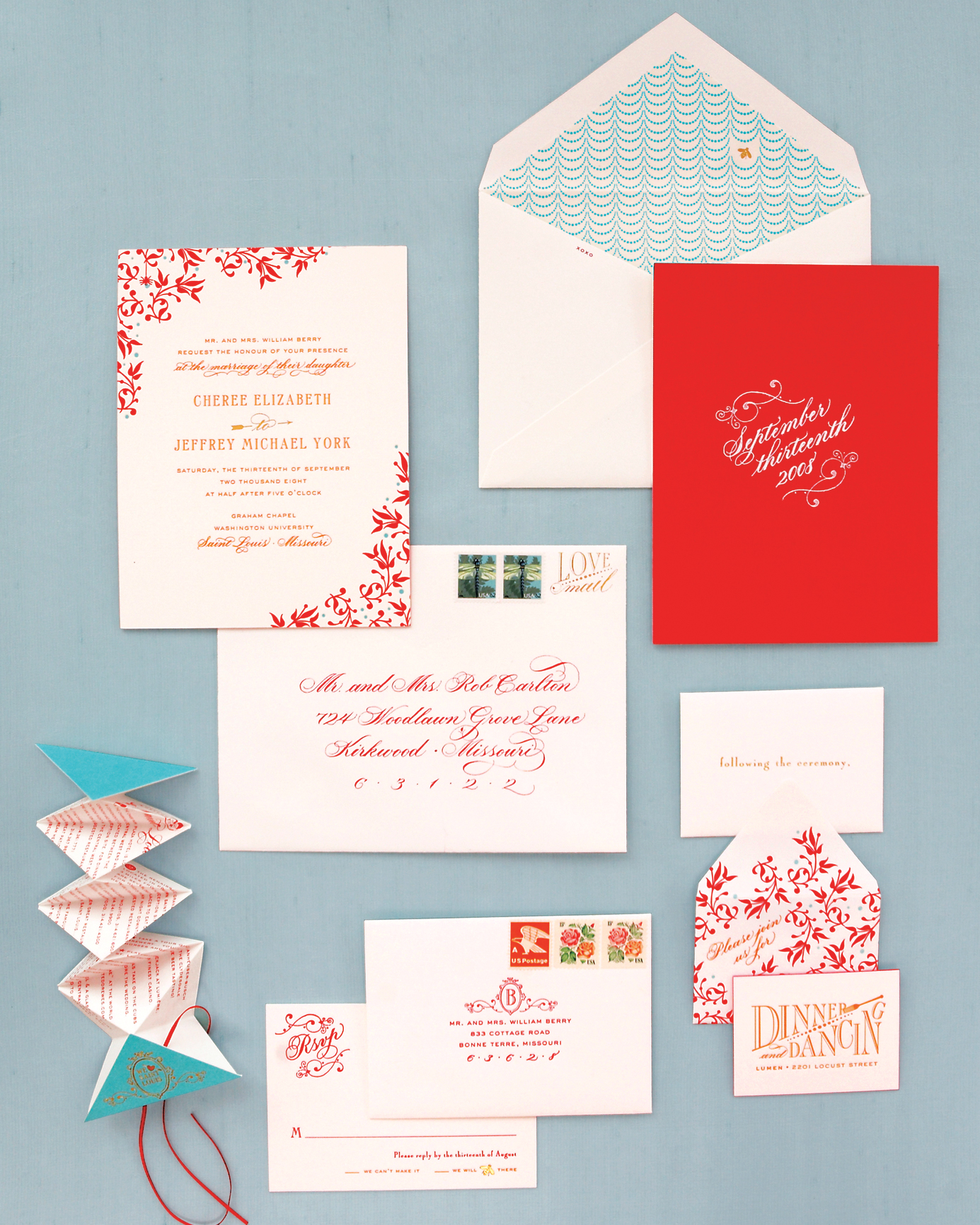 How to Create Fun (But Classic!) Wedding Invitations