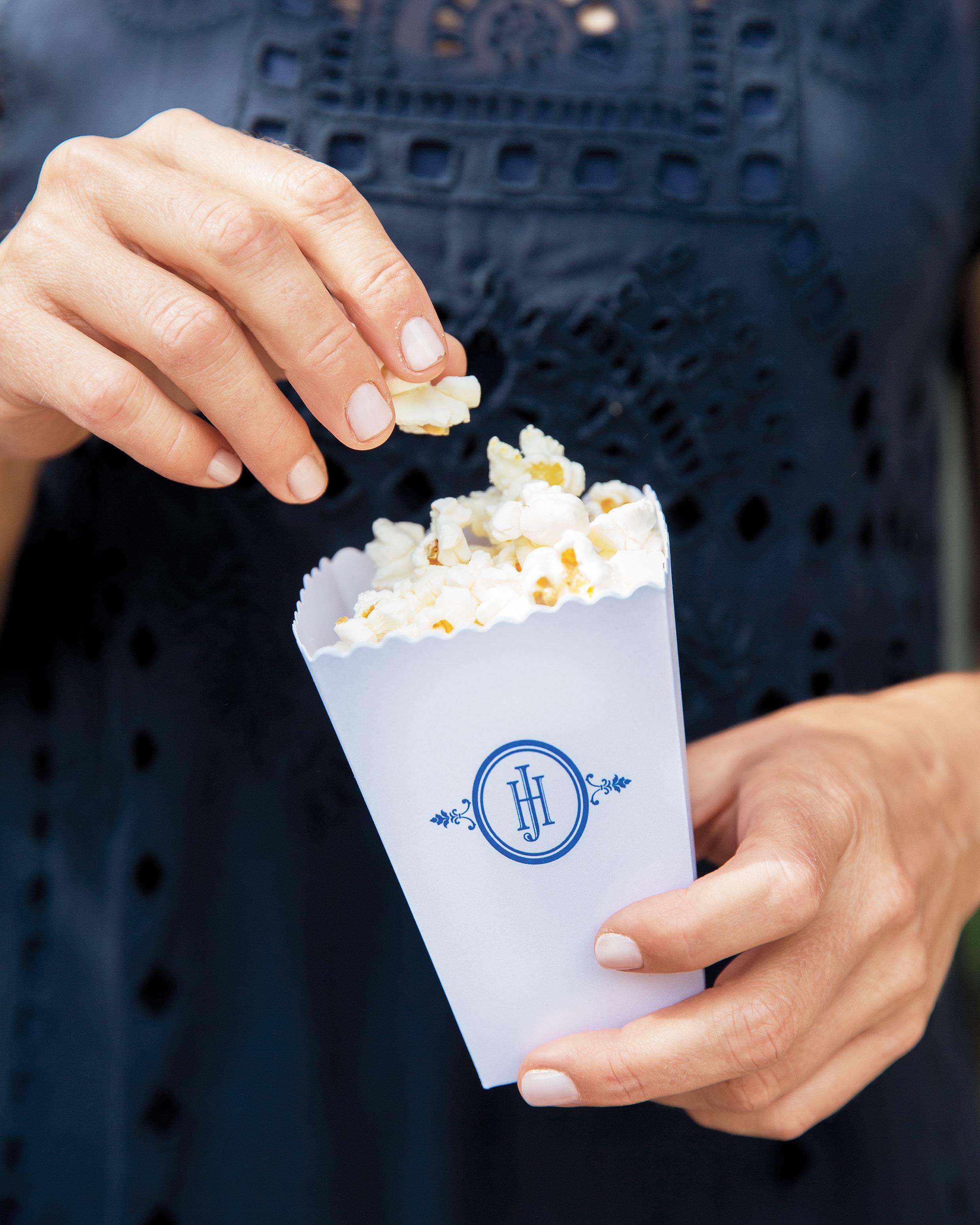 mhonor-jay-wedding-connecticut-popcorn-snacks-106-d112238.jpg