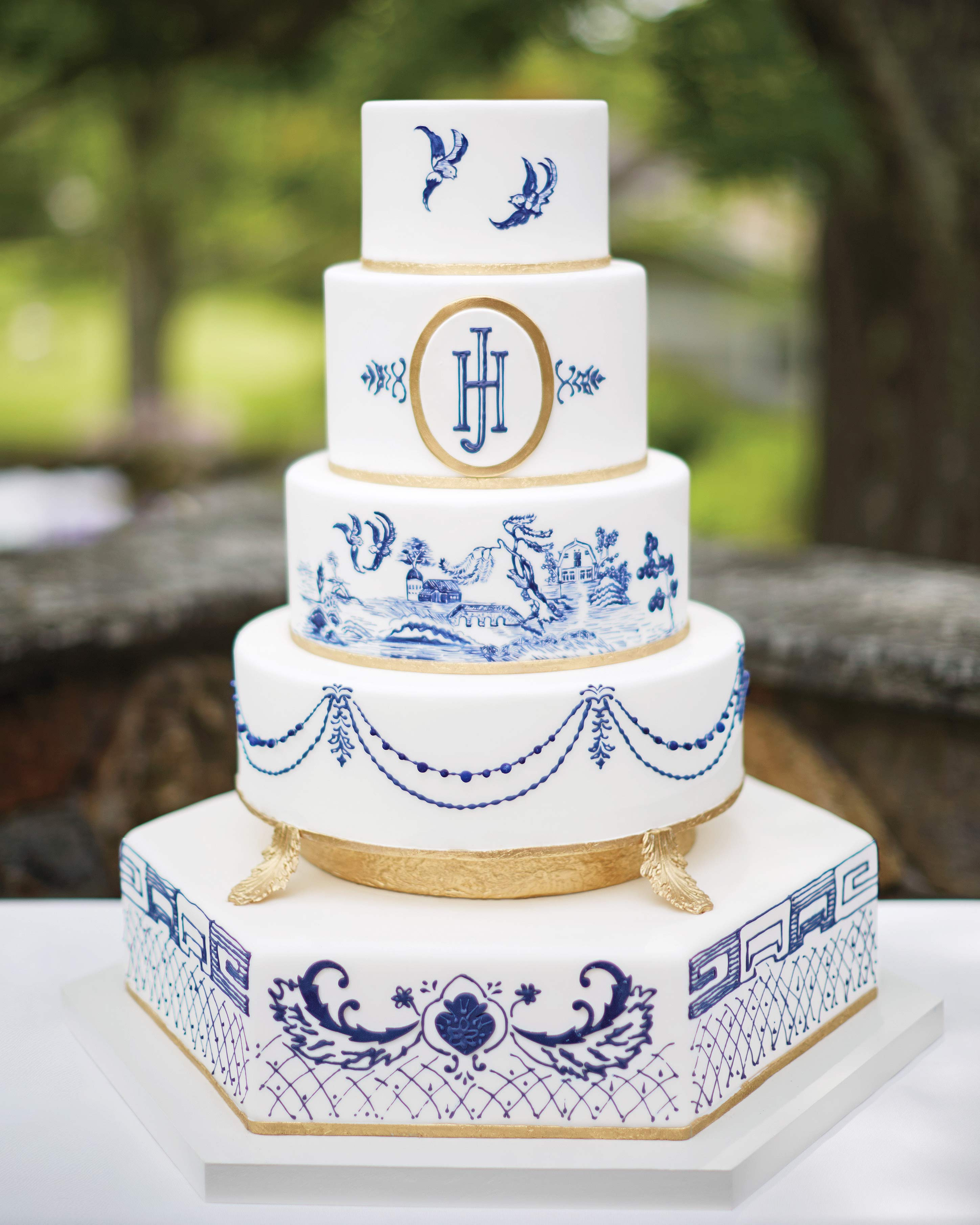 mhonor-jay-wedding-connecticut-elegant-wedding-cake-081-d112238.jpg