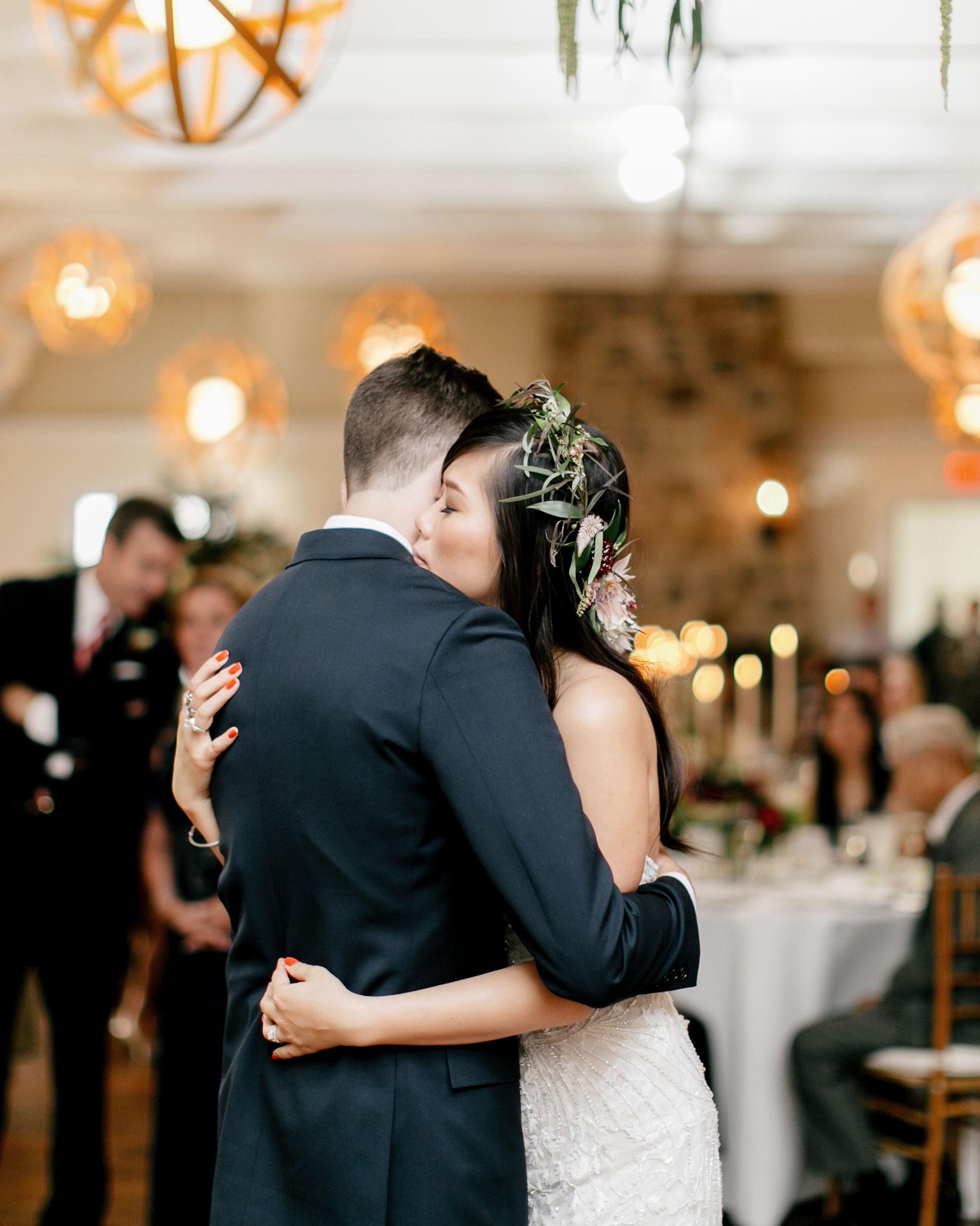 susan-tom-wedding-firstdance-258-s112692-0316.jpg