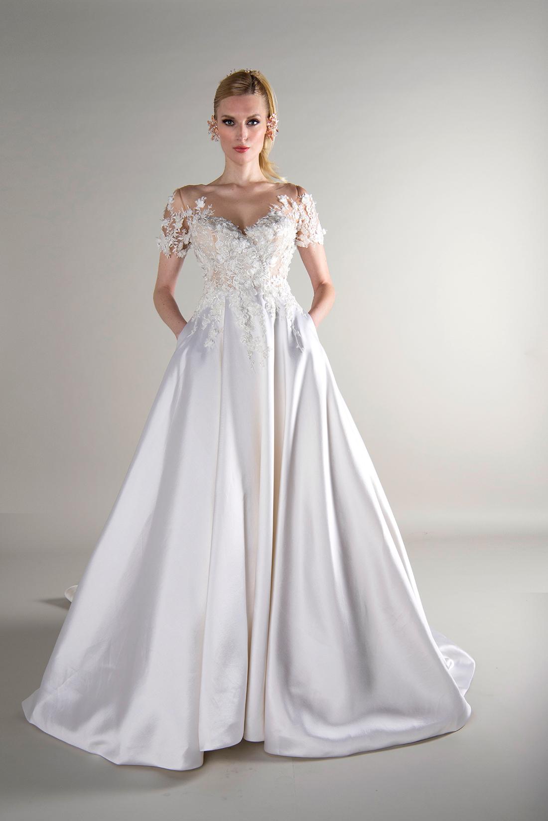 yumi katsura fall 2019 a line sweetheart floral applique short sleeves silk