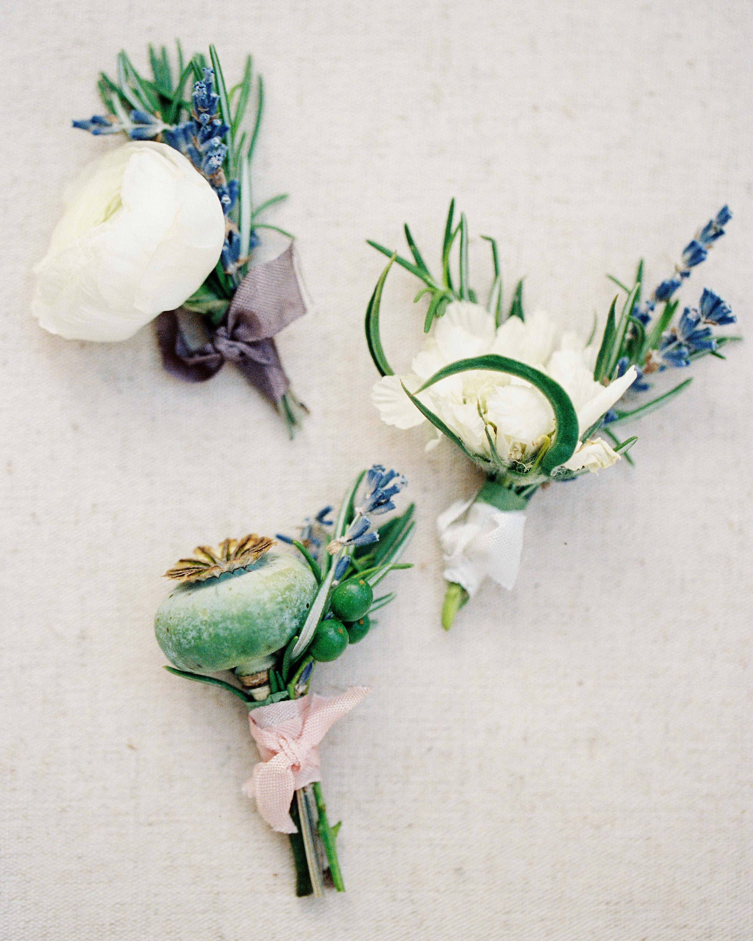 david-tyler-wedding-texas-boutonnieres-008-s112717.jpg