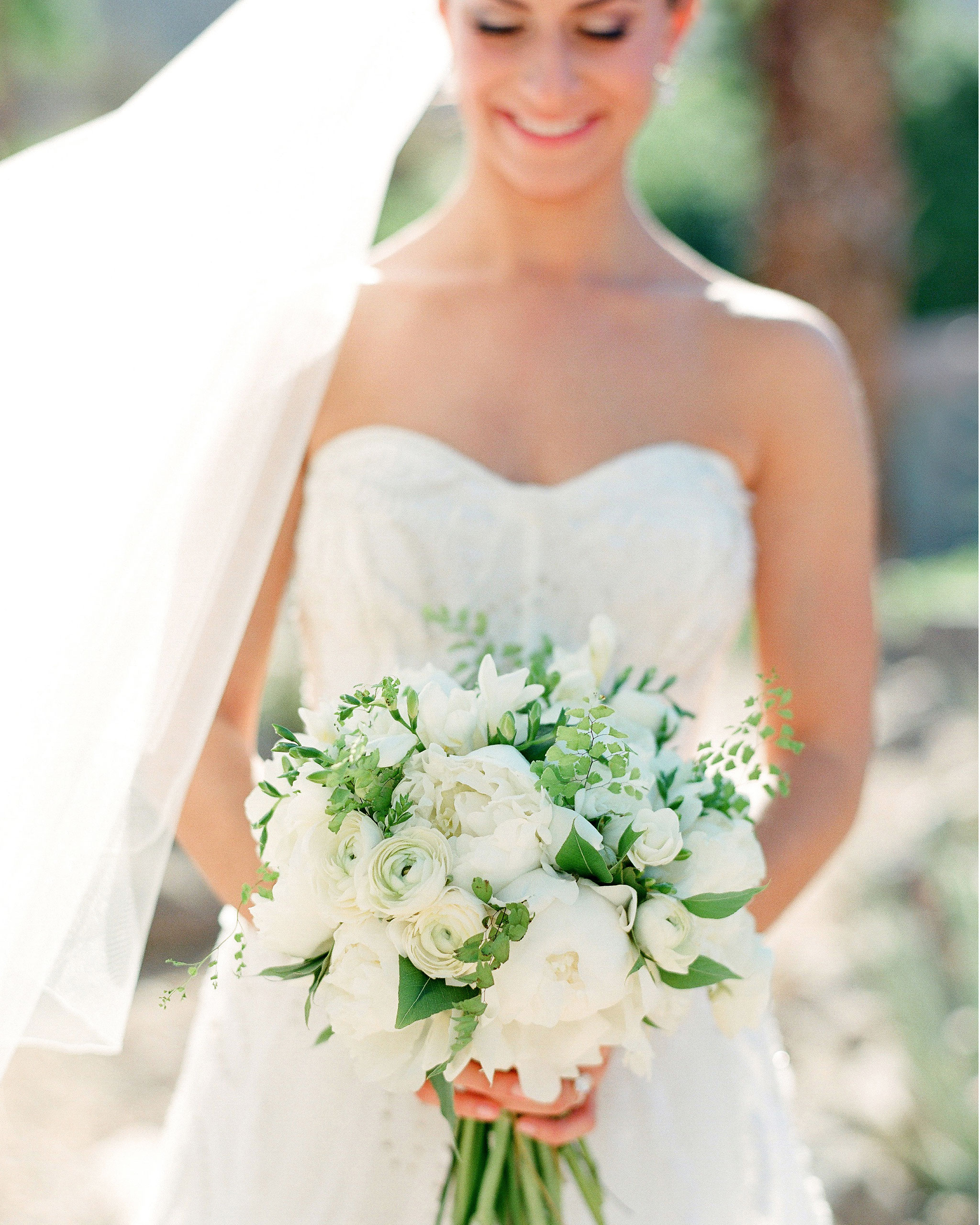 tali-mike-wedding-california-white-bouquet-58490014-s112346.jpg