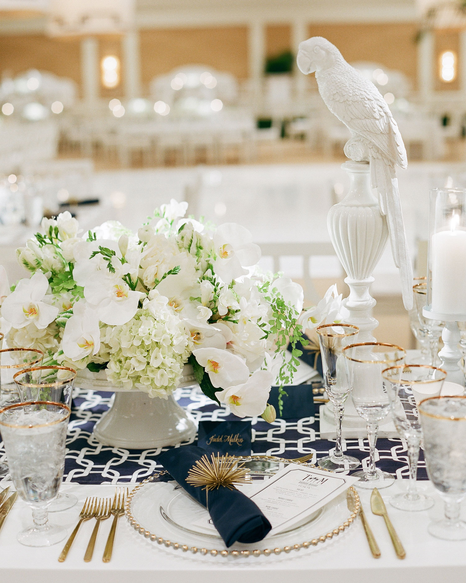 tali-mike-wedding-california-placesetting-parrot-58950015-s112346.jpg