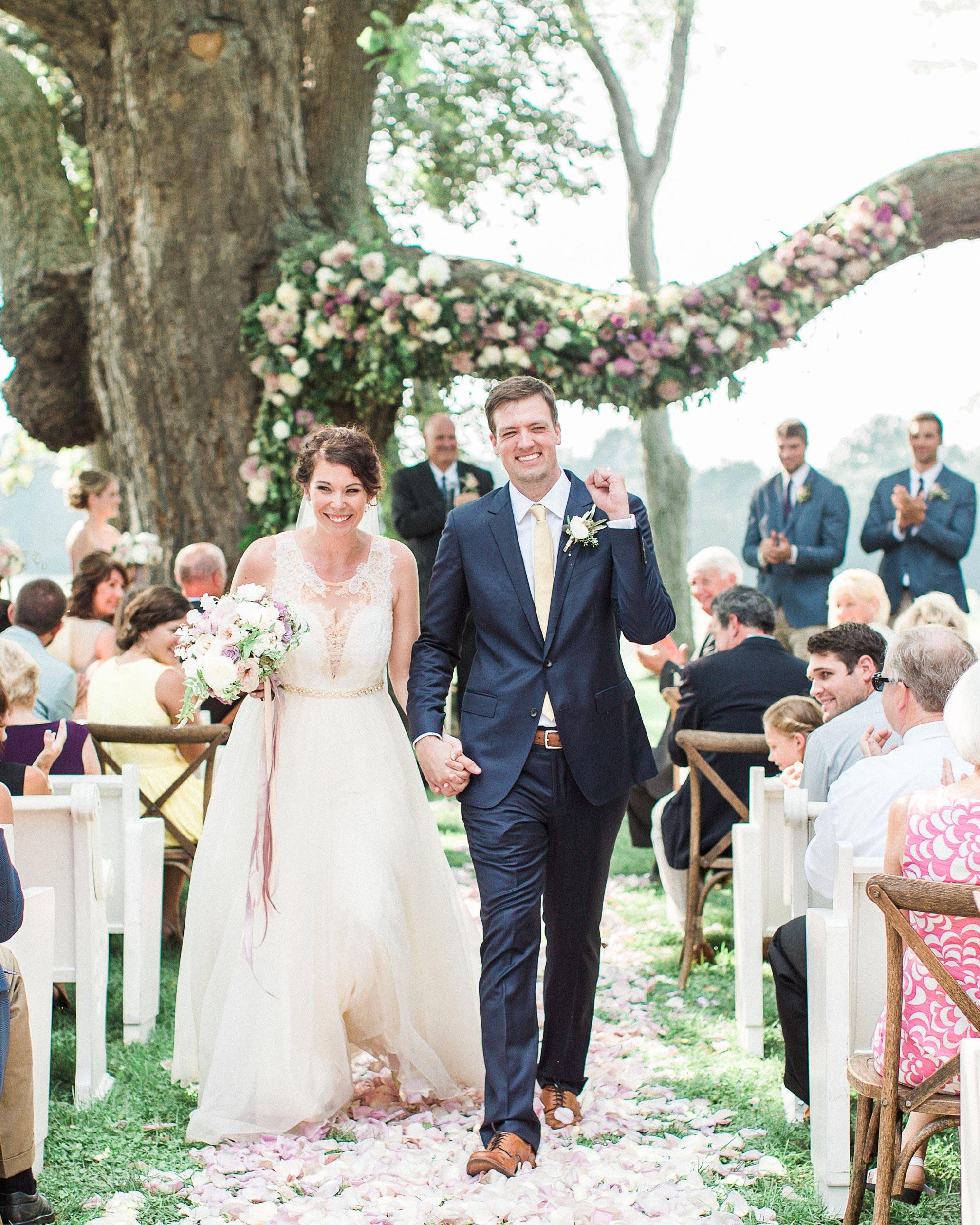 sarah-michael-wedding-recessional-595-s112783-0416.jpg