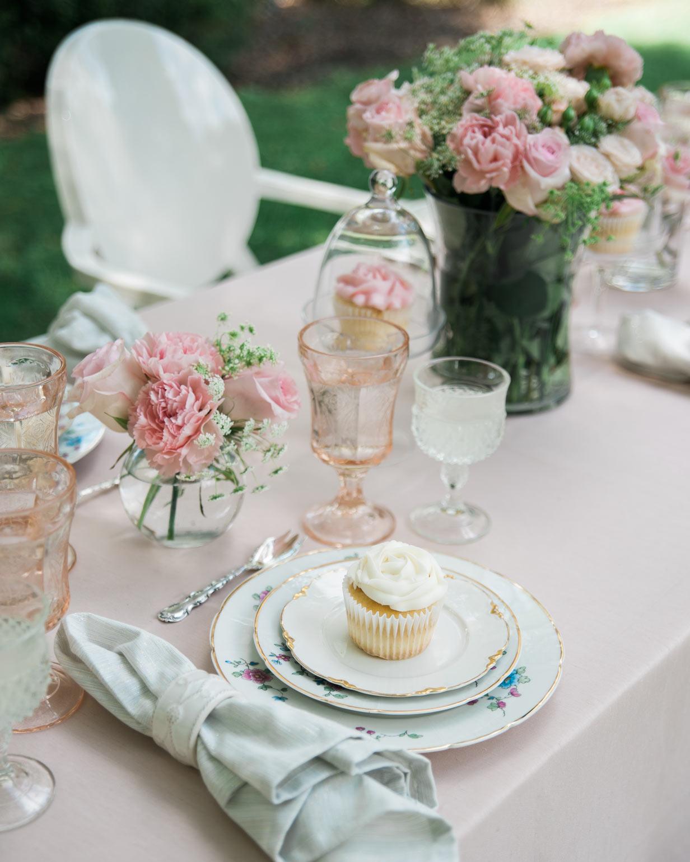fashionable-hostess-bridal-shower-cupcake-table-scape-0416.jpg