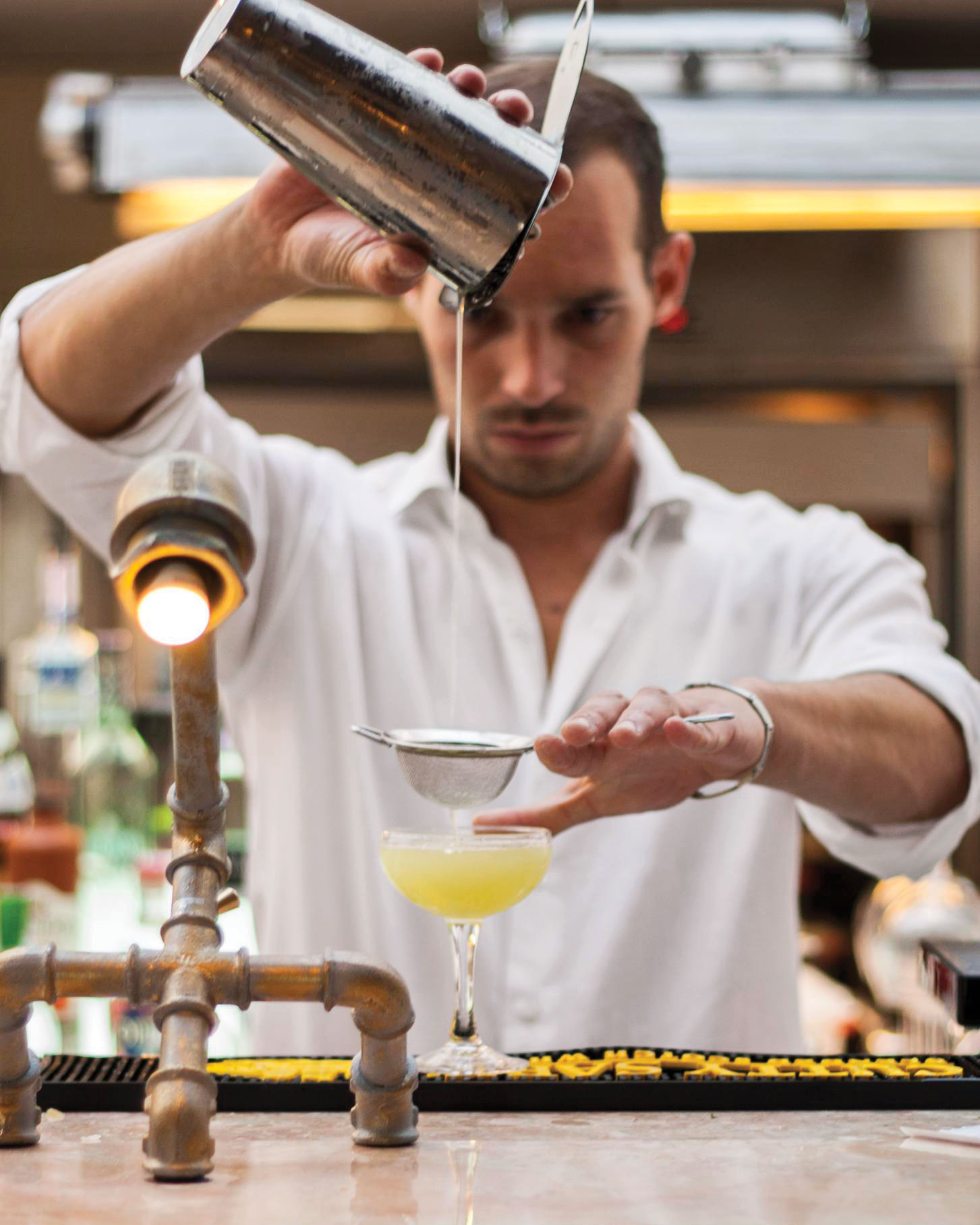 travel-new-places-the-insolito-cocktail-lounge.jpg