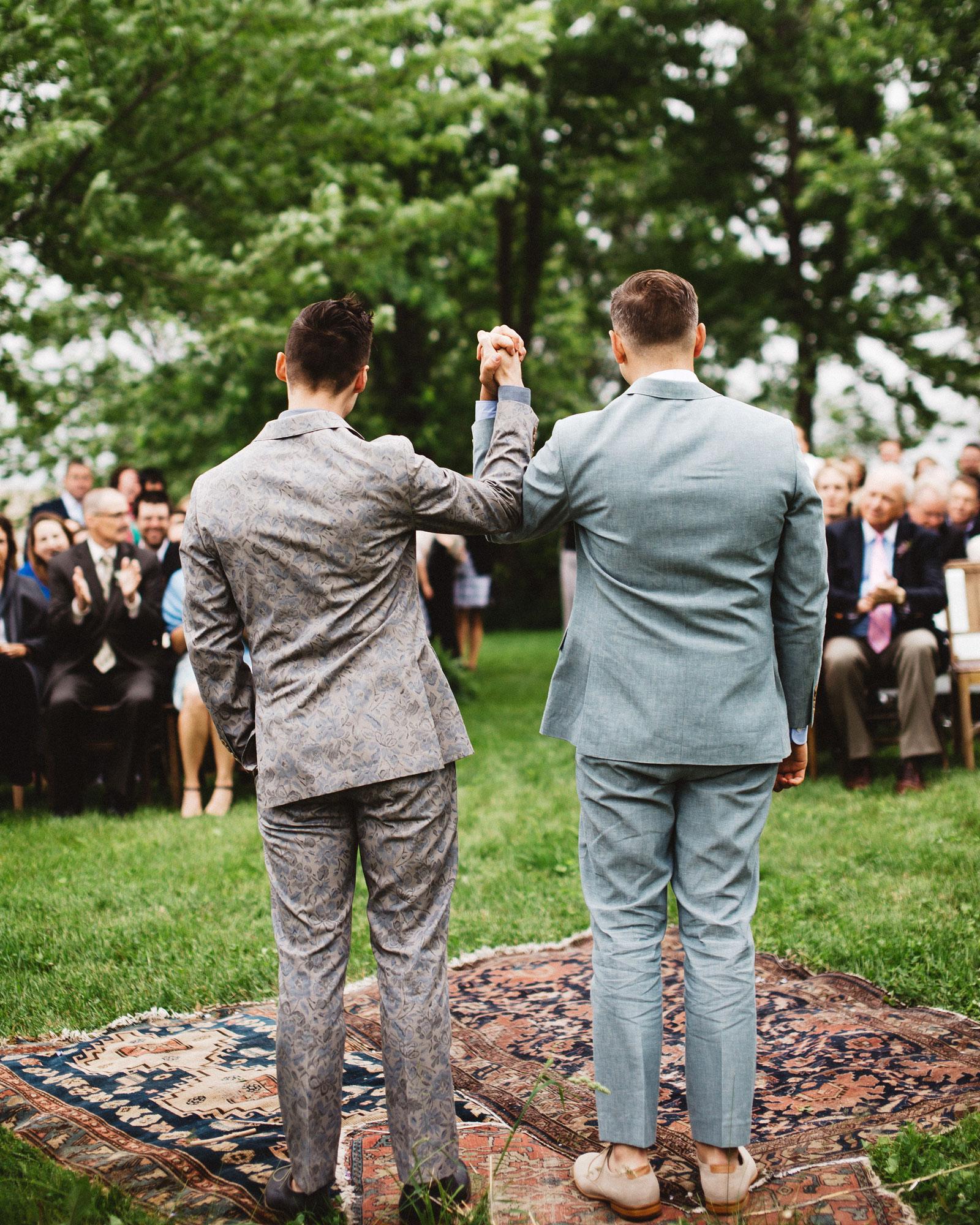 chase-drew-wedding-iowa-ceremony-350-s112425.jpg
