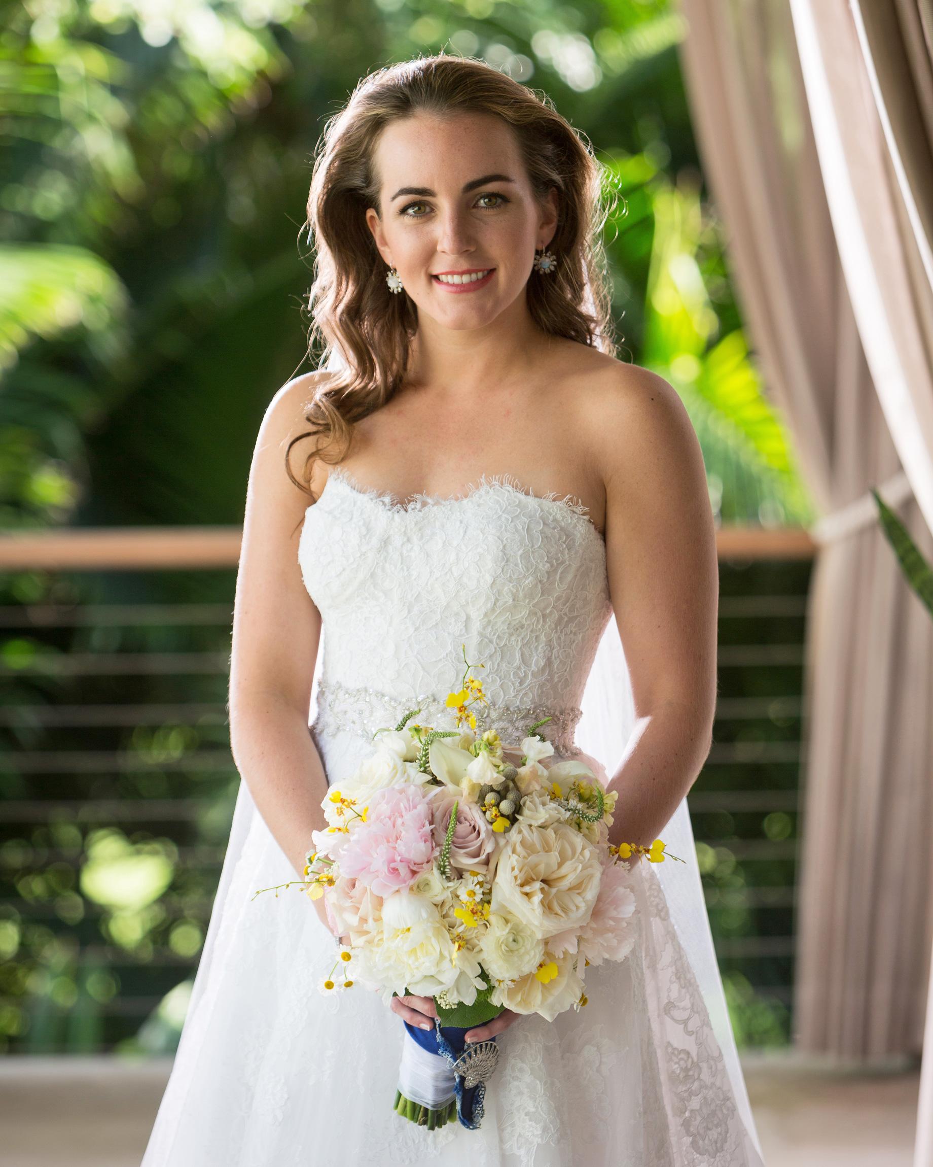 erin-ryan-florida-wedding-bride-bouquet-0641-s113010-0516.jpg