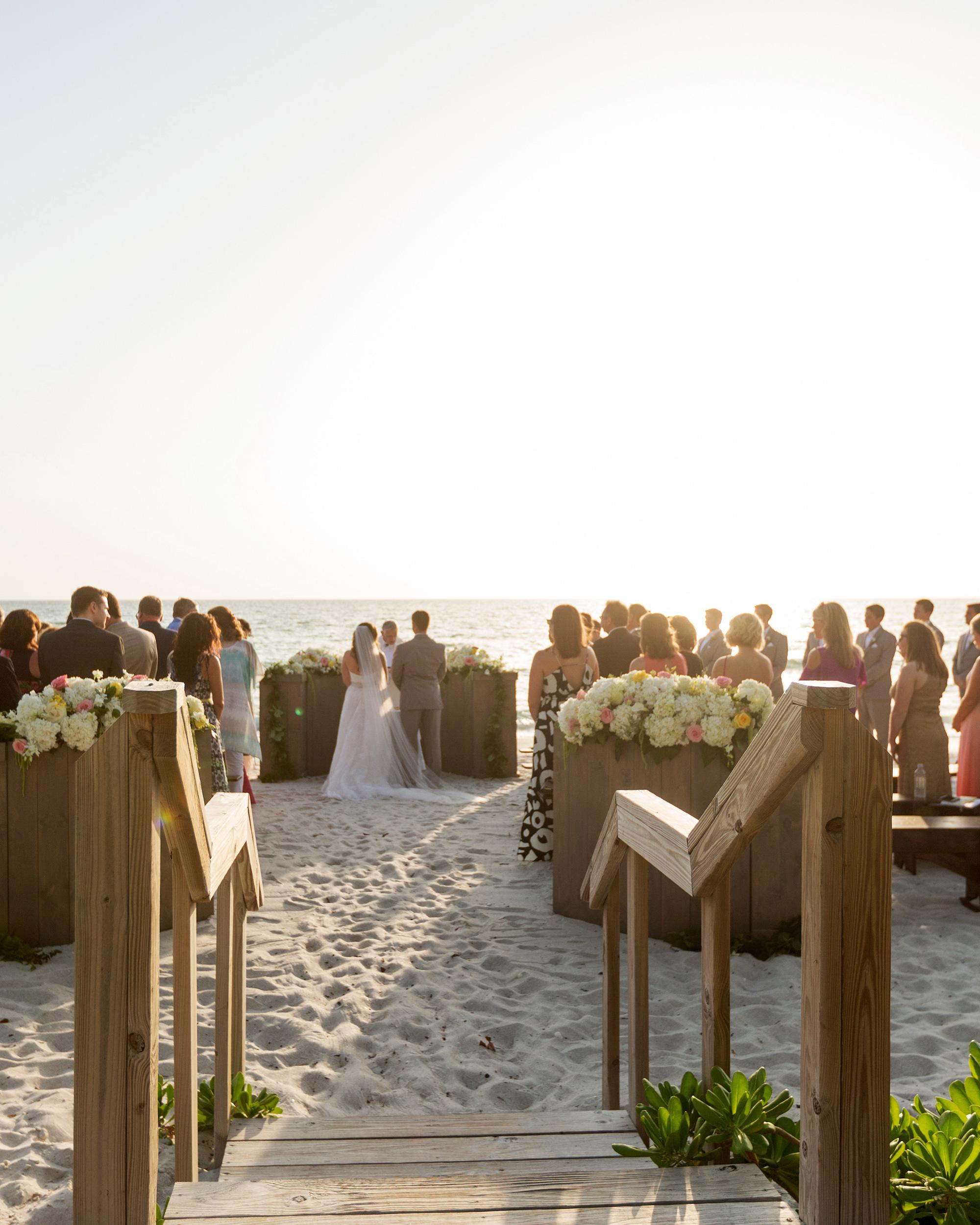 erin-ryan-florida-wedding-ceremony-0882-s113010-0516.jpg