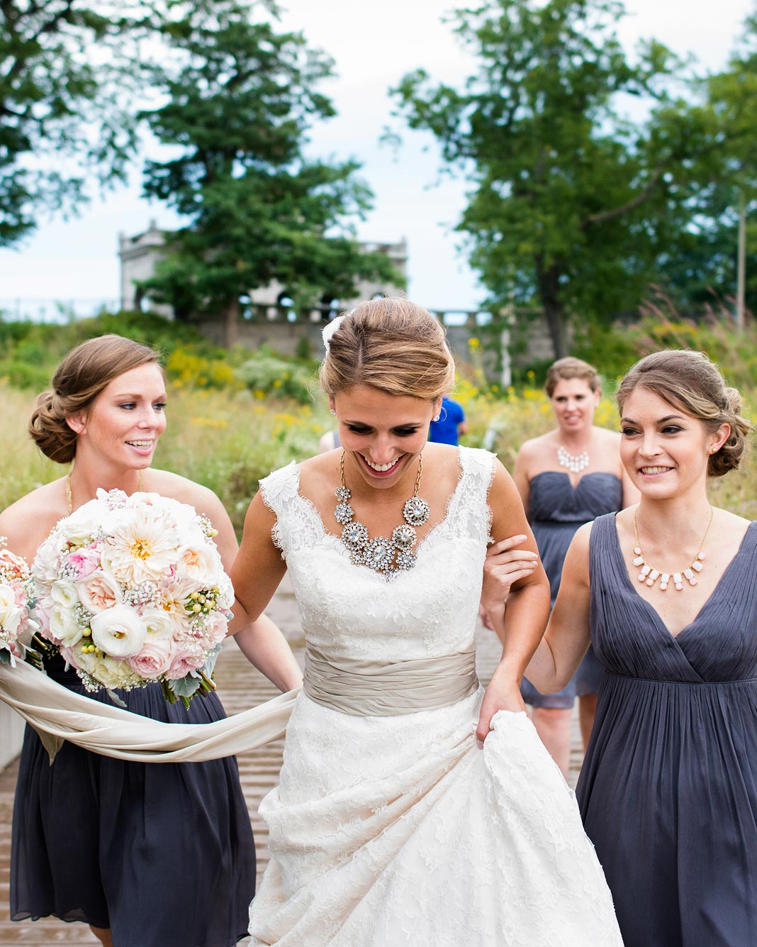 bridal-party-candids-4-0416.jpg
